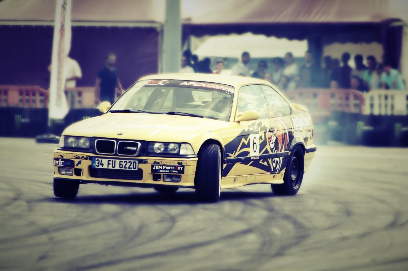 Wallpaper 1366x909 Px Bmw E36 Drift Old Car Racing 1366x909
