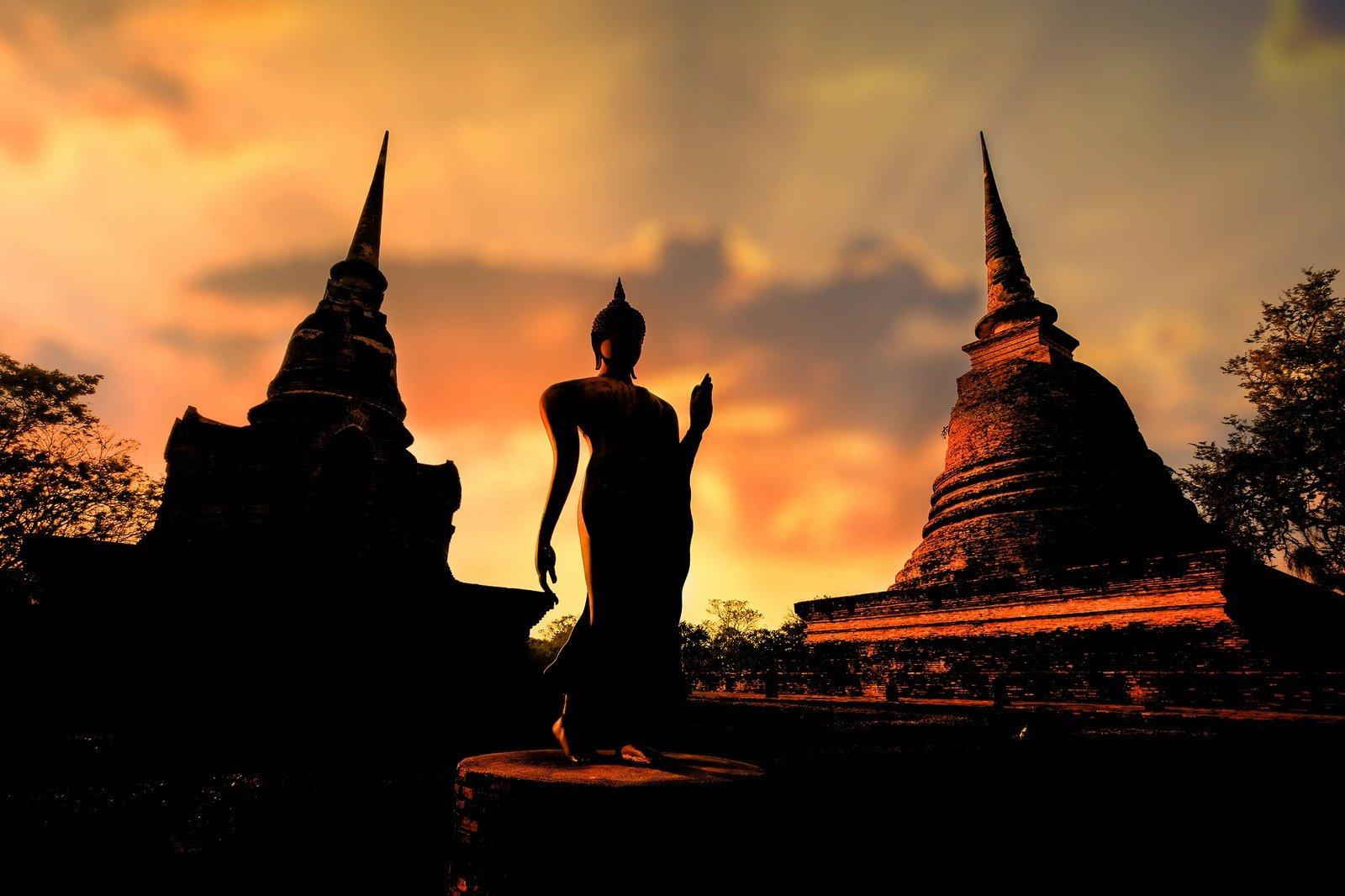 1600x1066 Px Buddha Monks Thailand