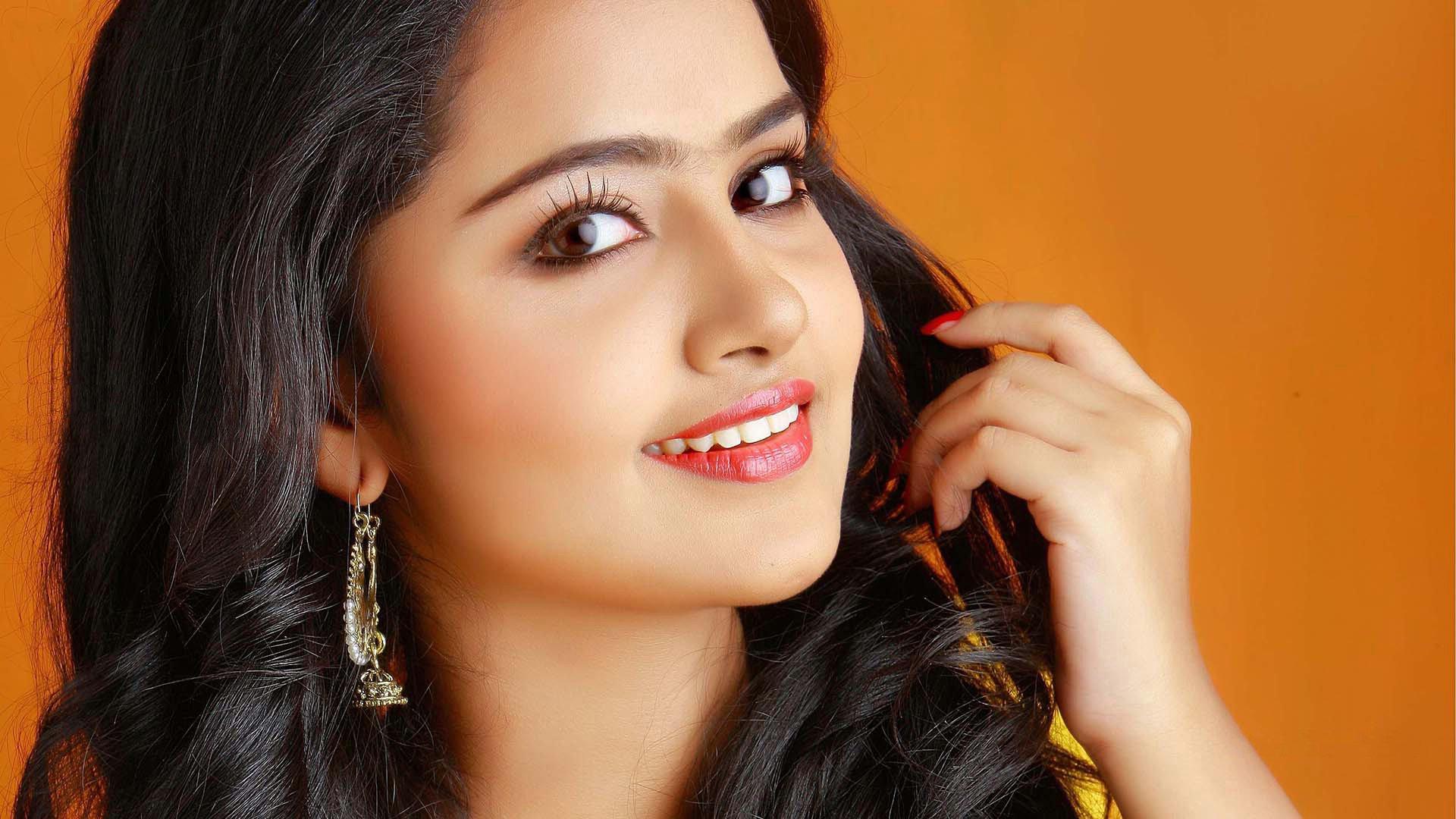 подходят обои картинки индийские актрисы современные устройства