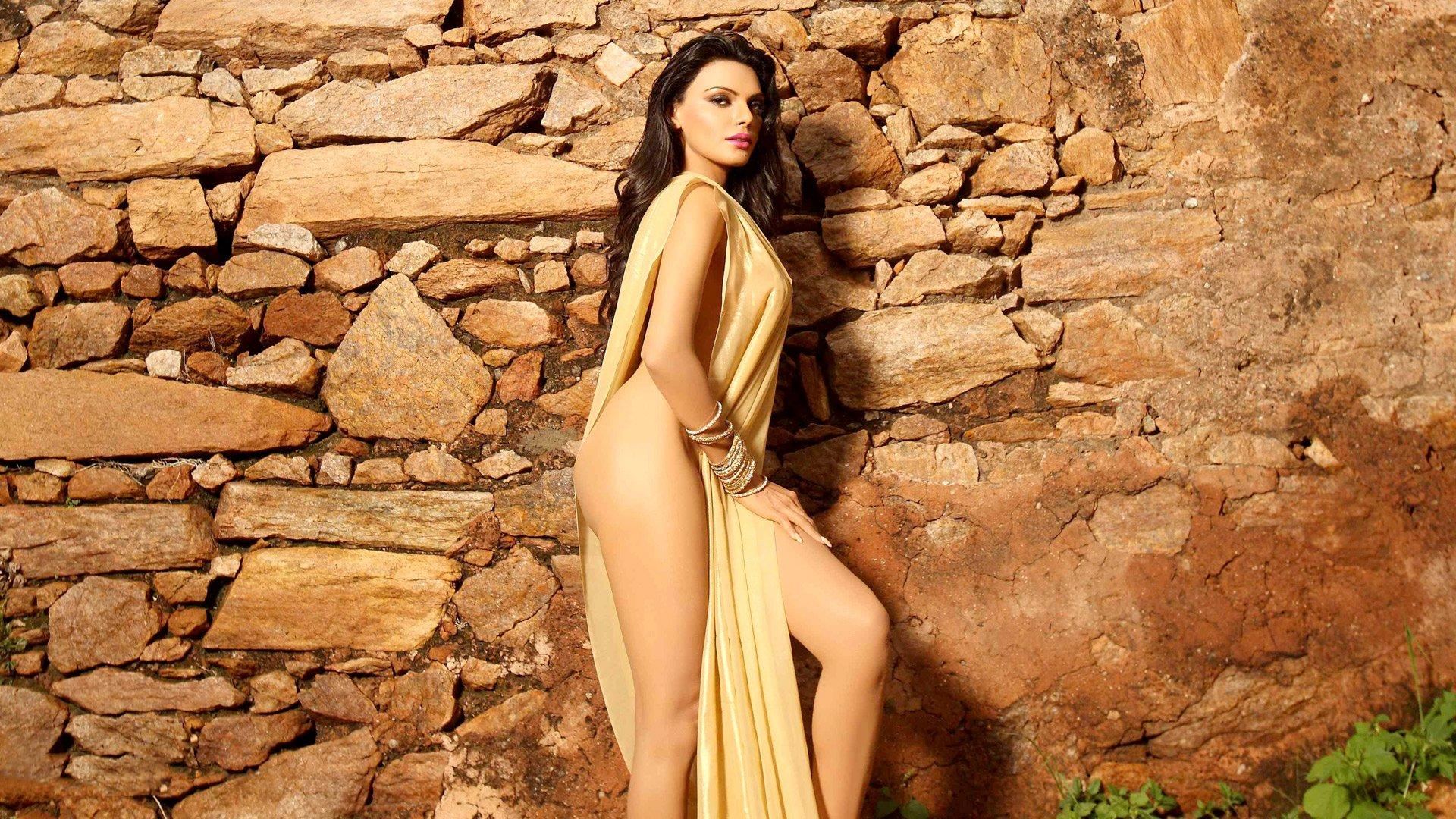 Priyanka chopra nude, topless pictures, playboy photos, sex scene uncensored