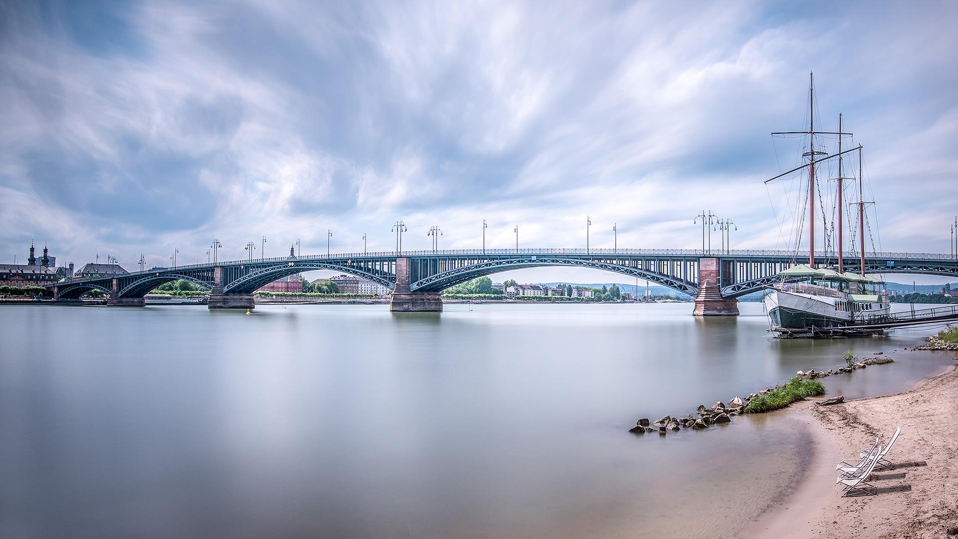 壁纸 1920x1080像素 建筑 银行 桥 建造 都市风景 云彩 德国