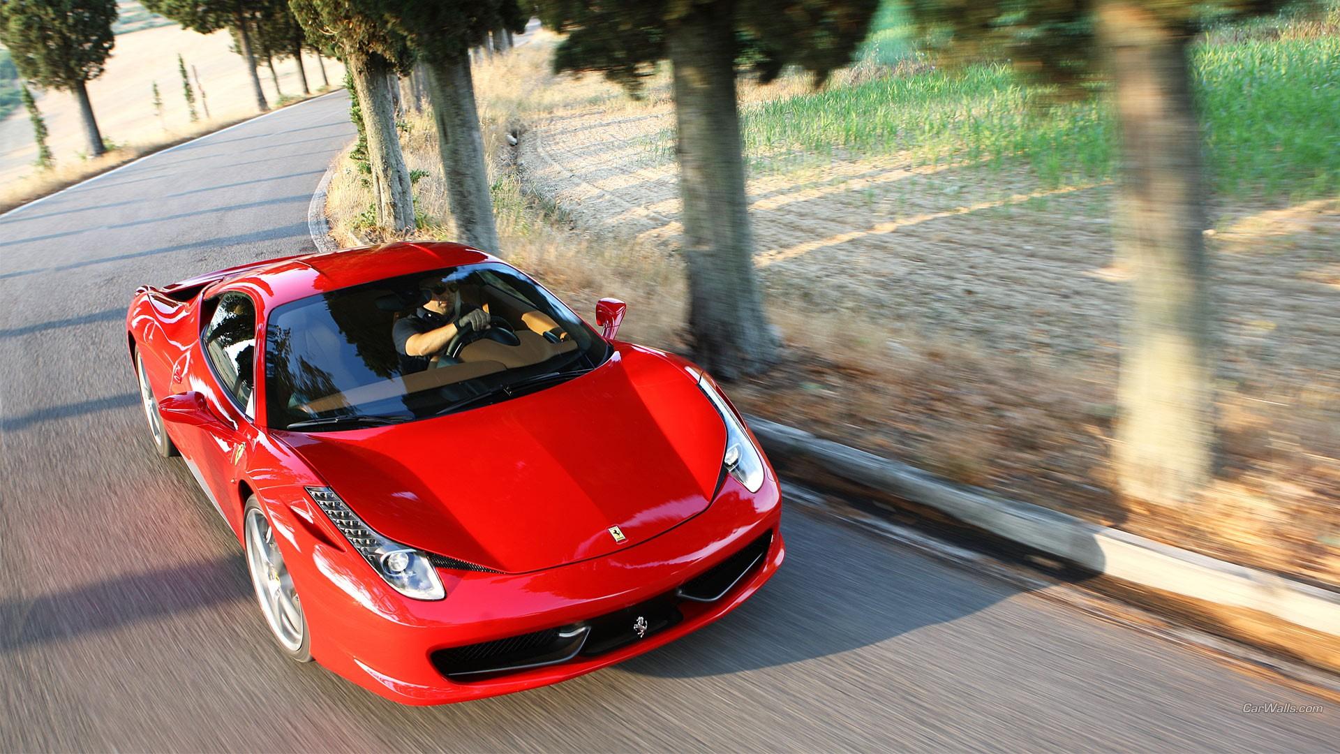 Итальянские машины в картинках