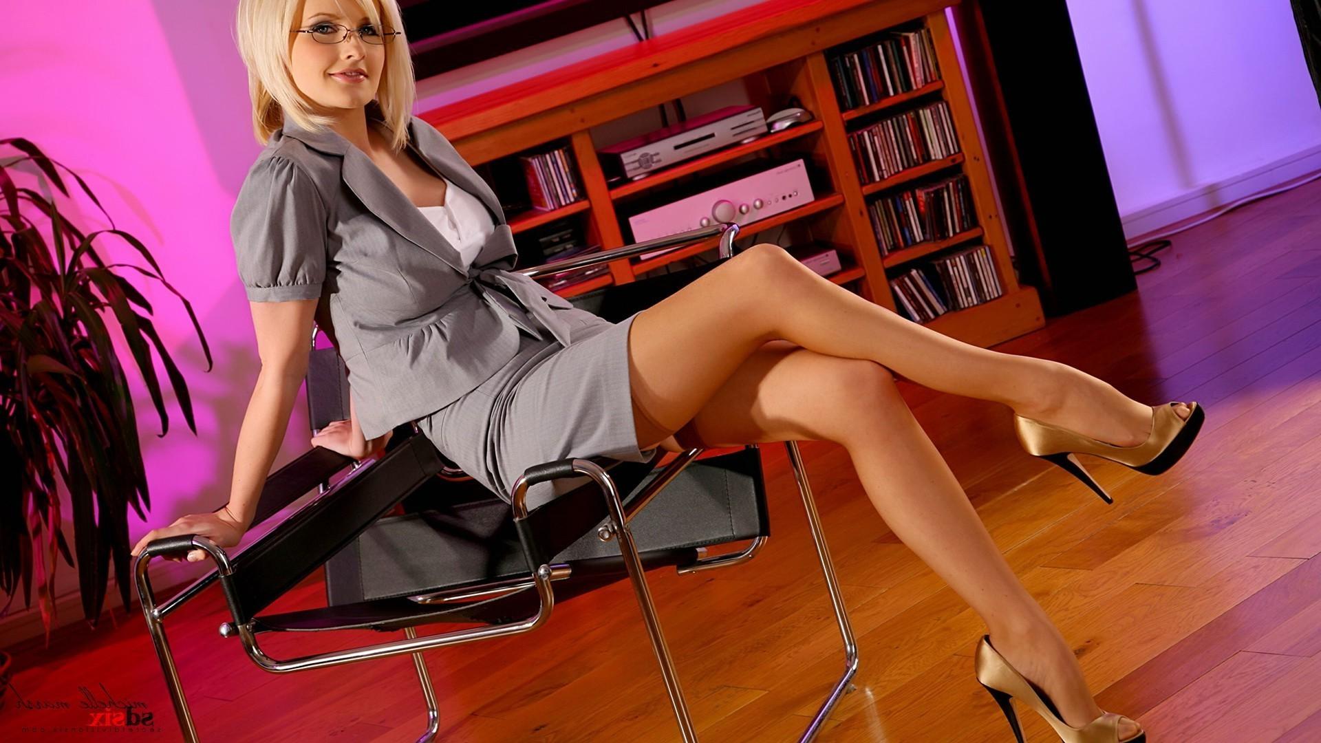 гламурная секретарша смотреть онлайн коротко, половое