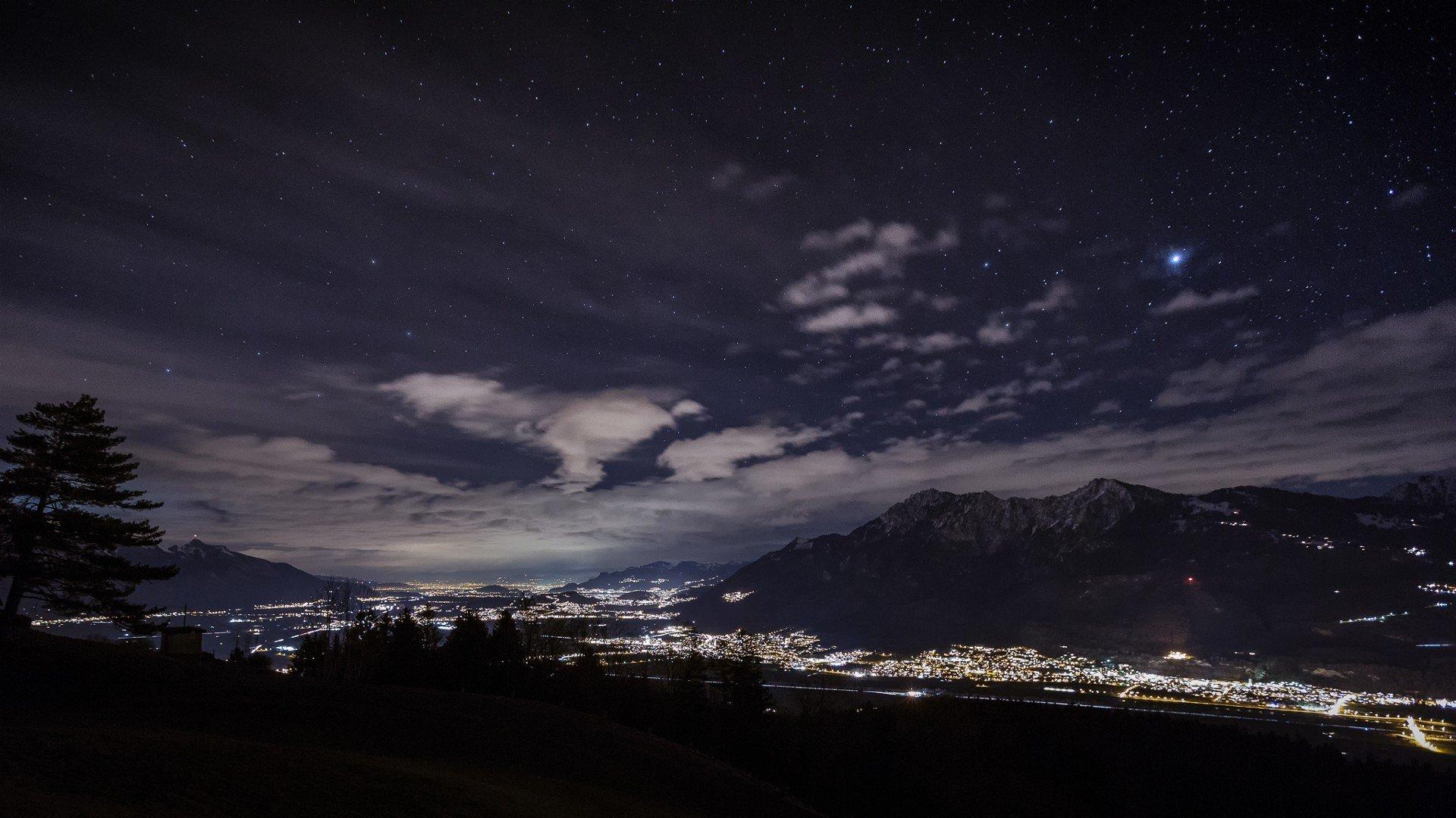 Ru - качественные картинки на рабочий стол: картинки похожие на горы ночью фото, заставки - горы , ночь , небо , зима.