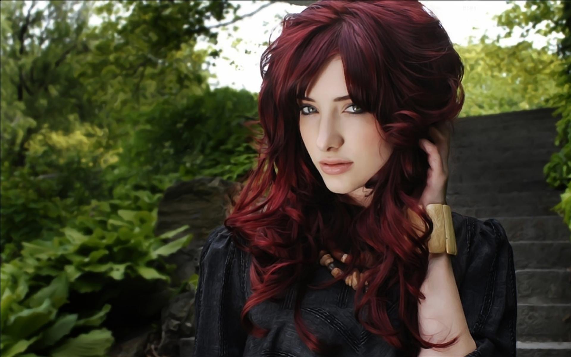 Картинки девушек с гранатовыми волосами