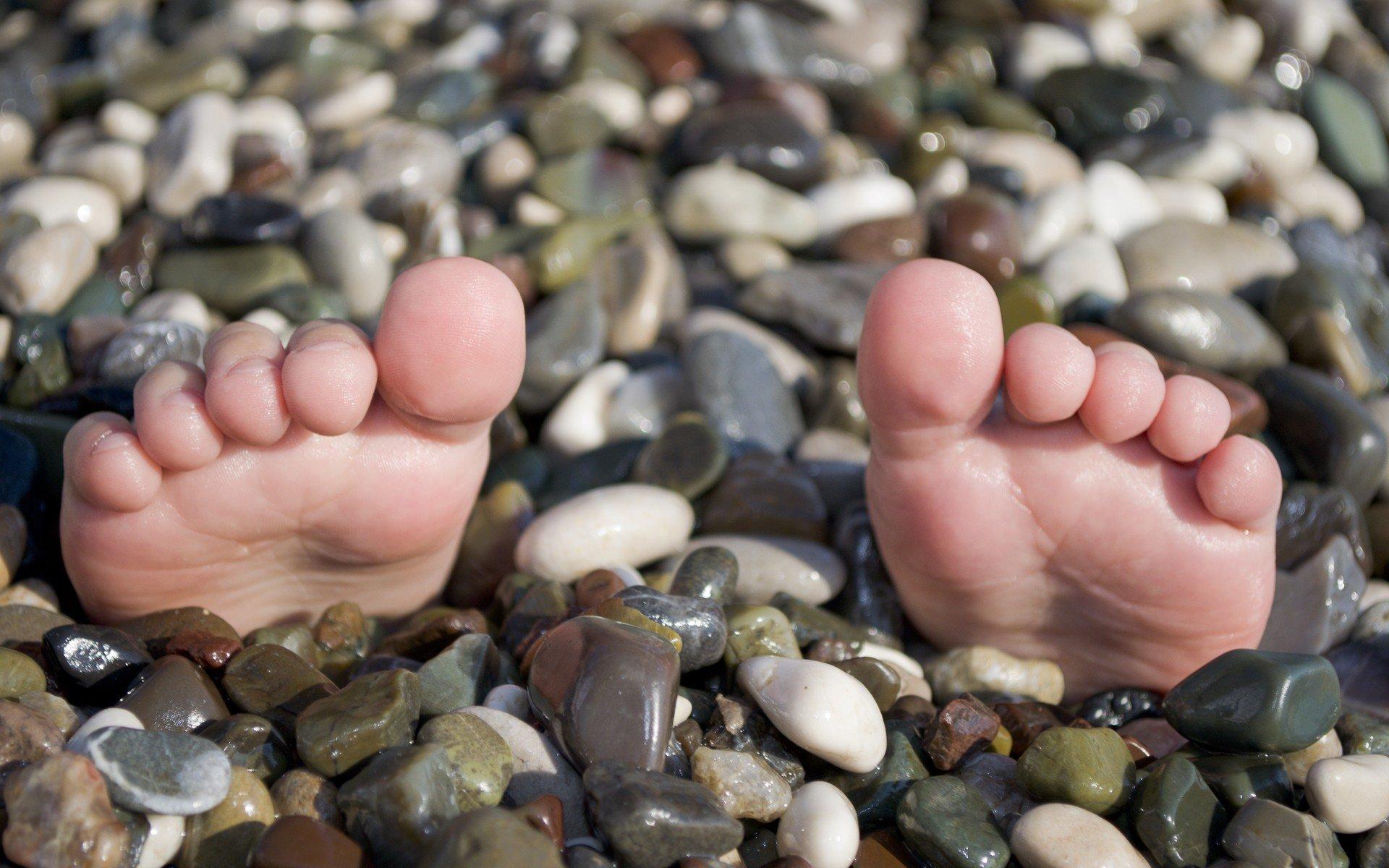 Картинки с камнями человека