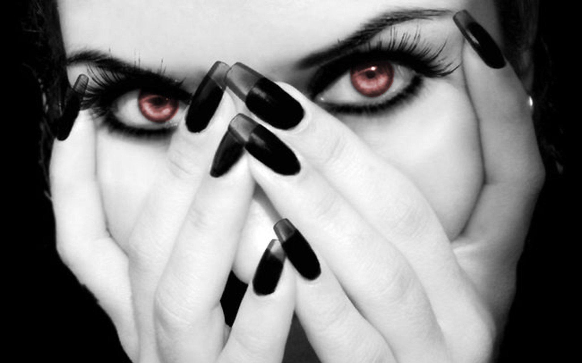Черно белые картинки девушка с ногтями