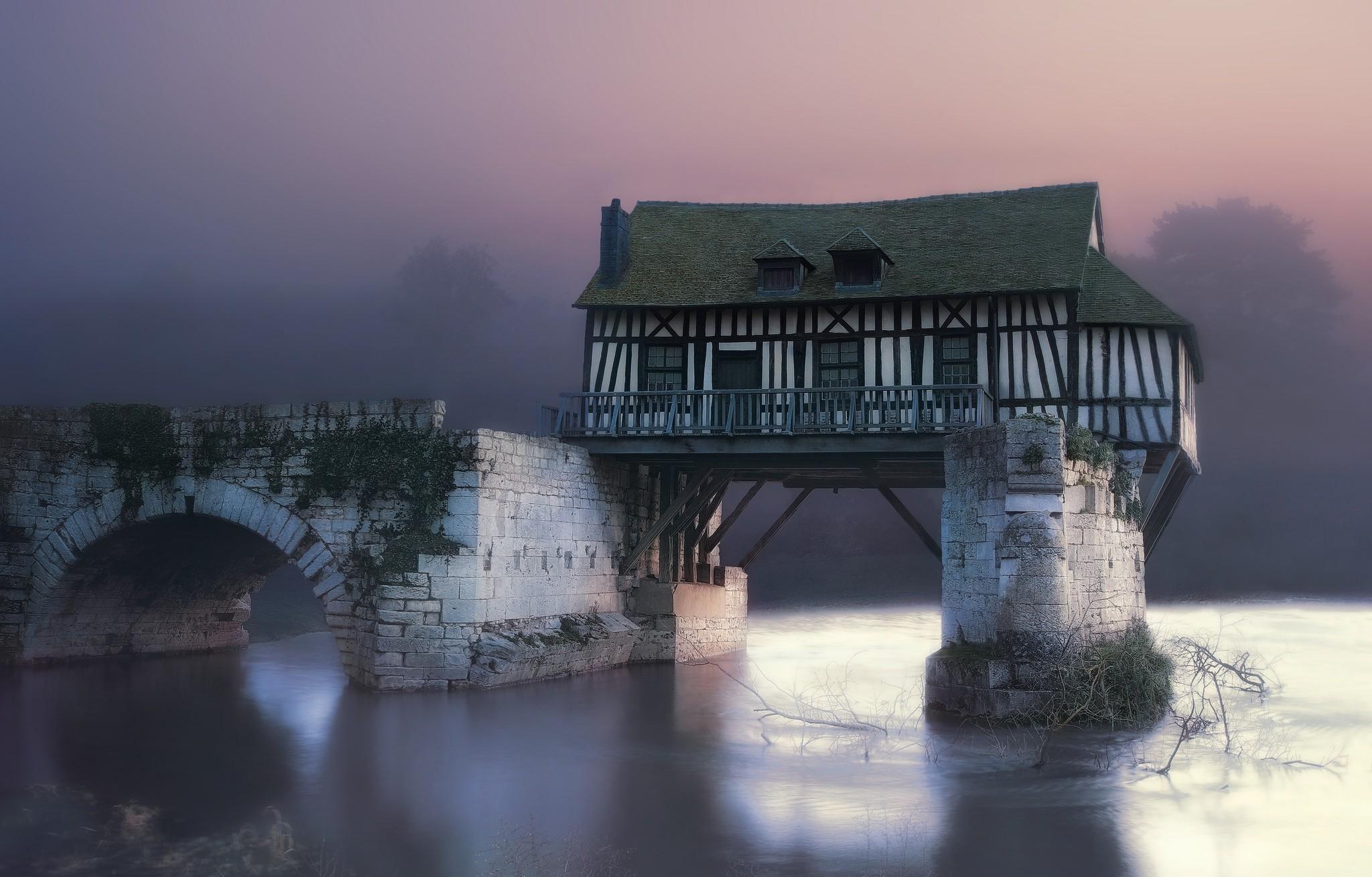 туман и архитектура фотографии стремятся
