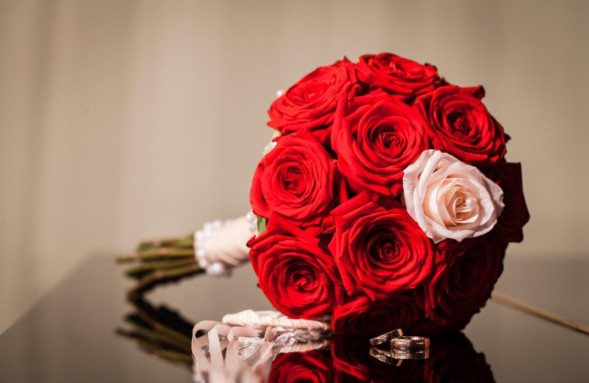 Wallpaper 2048x1331 Px Buket Bunga Bunga Merah Cincin Mawar 2048x1331 Goodfon 1743205 Hd Wallpapers Wallhere