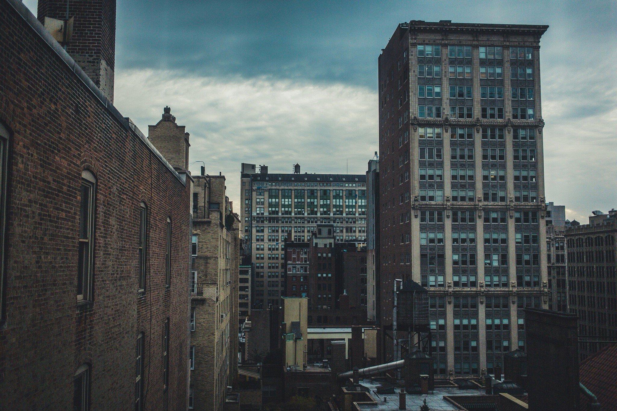 фотографии зданий в пасмурную погоду старые добрые