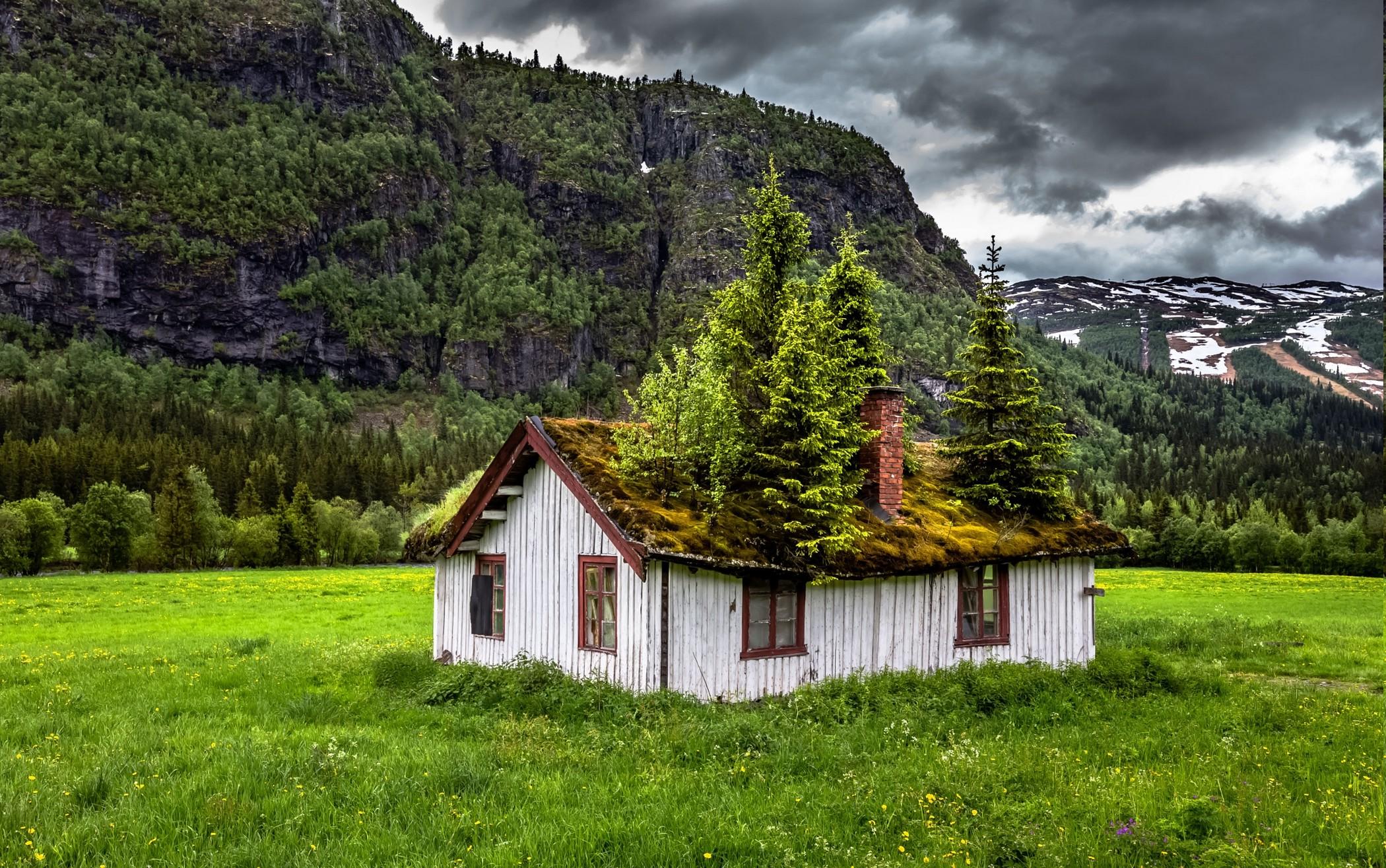 wallpaper : 2100x1315 px, abandoned, clouds, grass, green, house