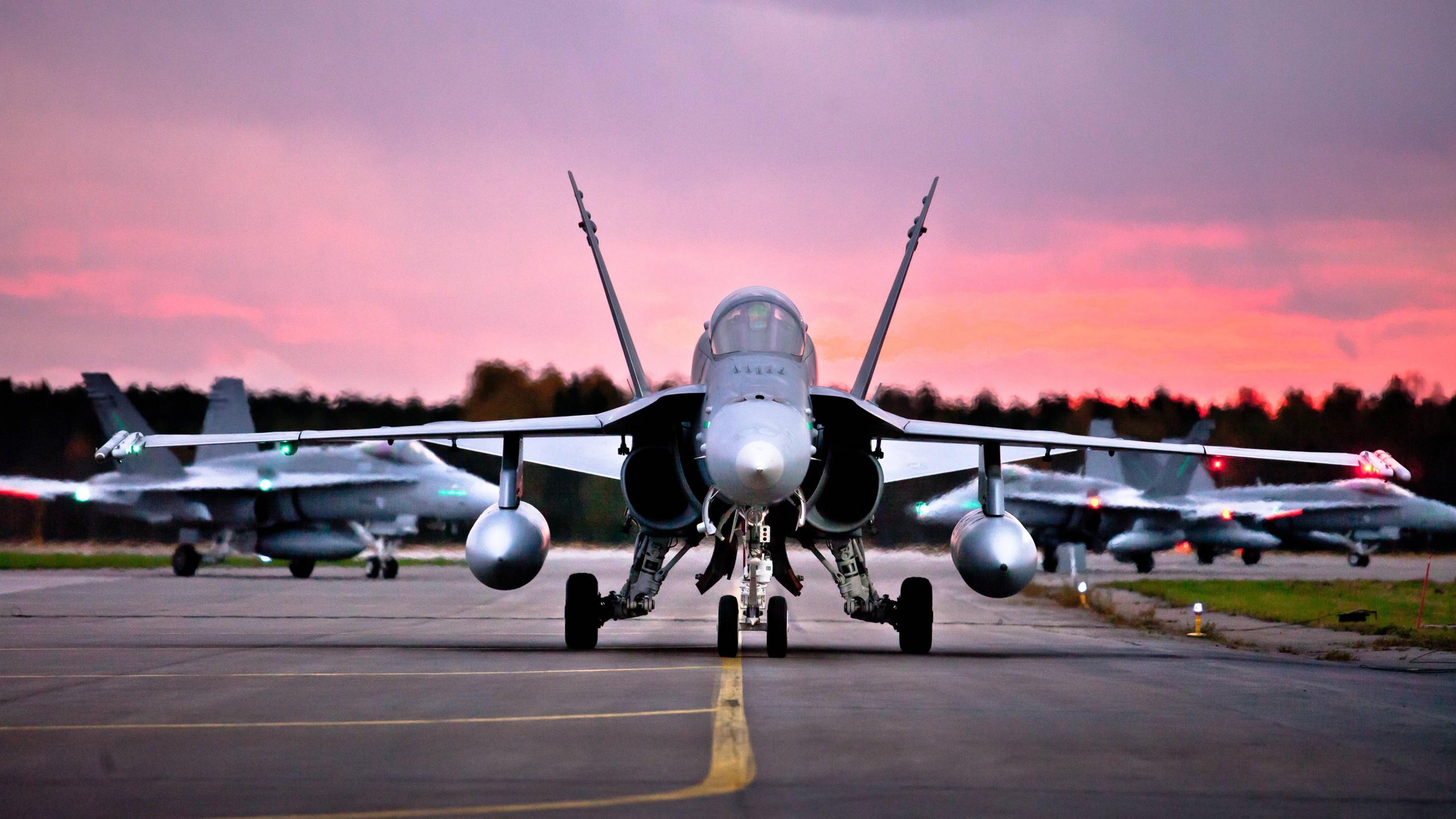 Fondos De Pantalla 2560x1440 Px Fuerza Aérea Finlandesa