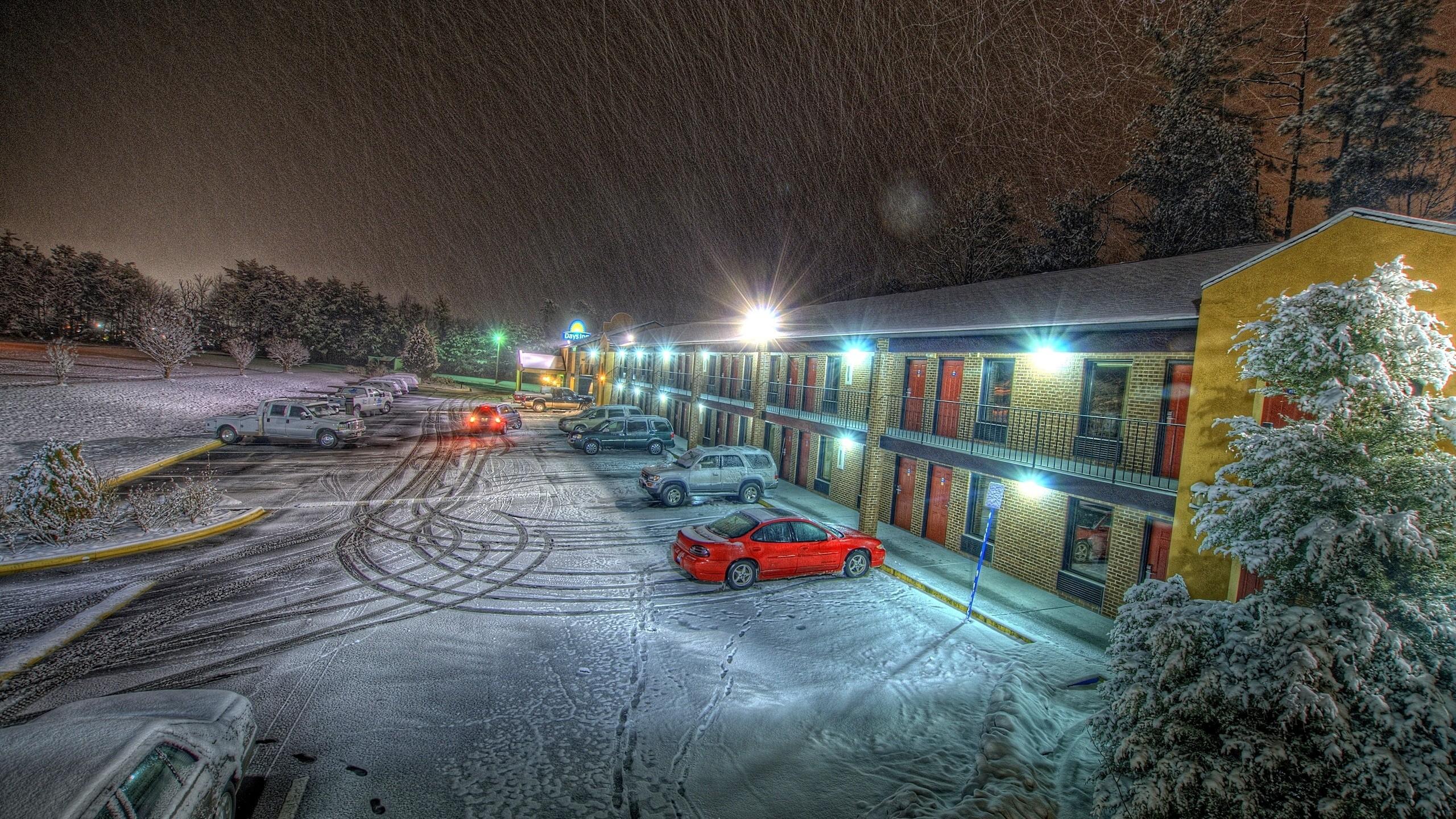 2560x1440 Px Car Exposure Hotel Light Long Night Snow Storm