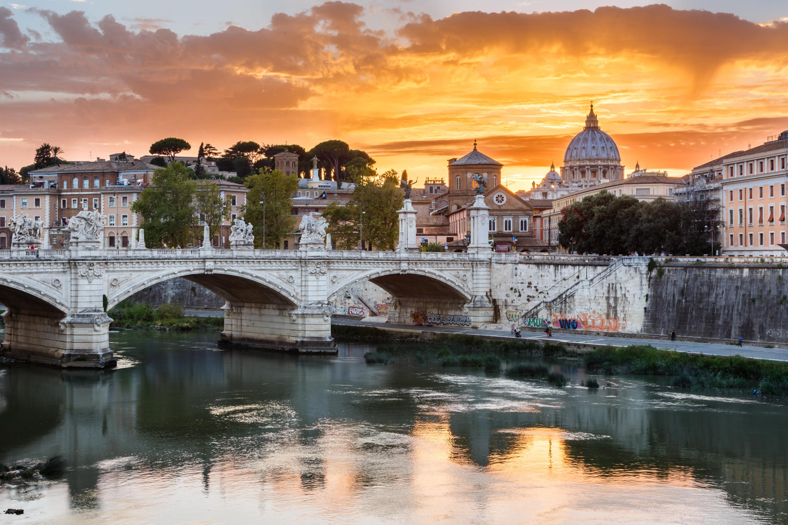нужно картинки мосты италия жить радугу надоело