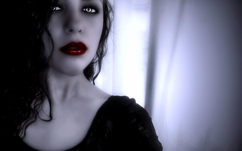 Картинки девушками вампирами