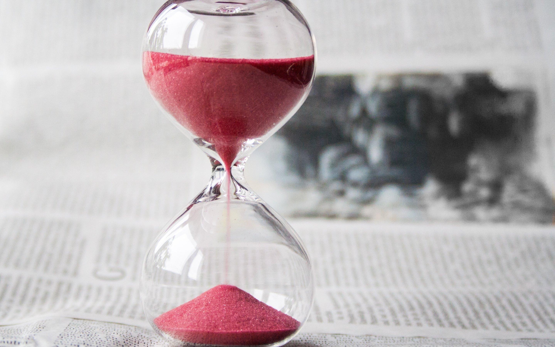 картинки на рабочий песочные часы переверните дном вверх