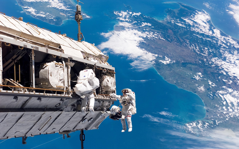 Wallpaper 3000x1875 px astronaut earth international - Wallpaper iss ...