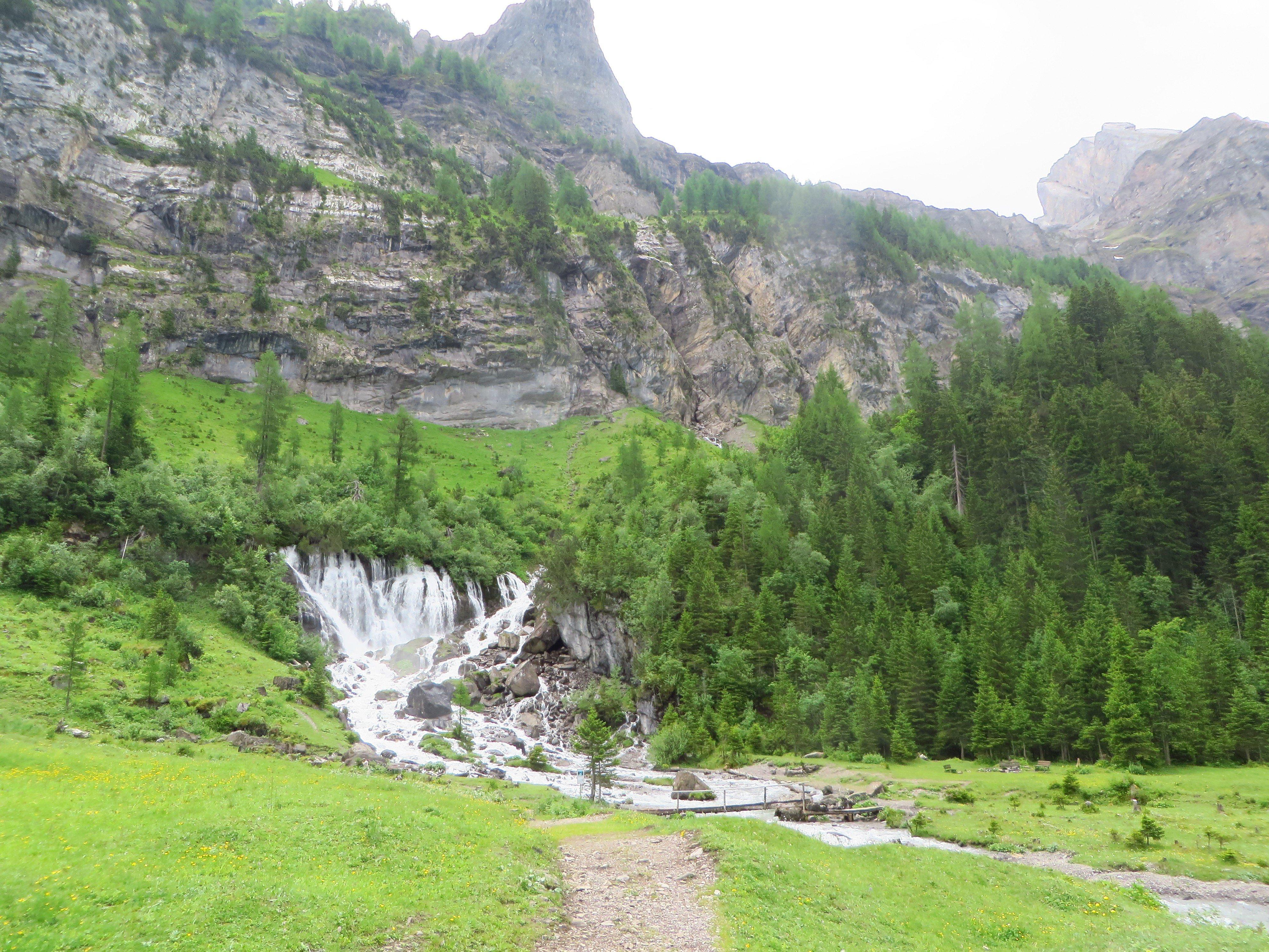Wallpaper 4000x3000 Px Bernese Alps Green Mountains