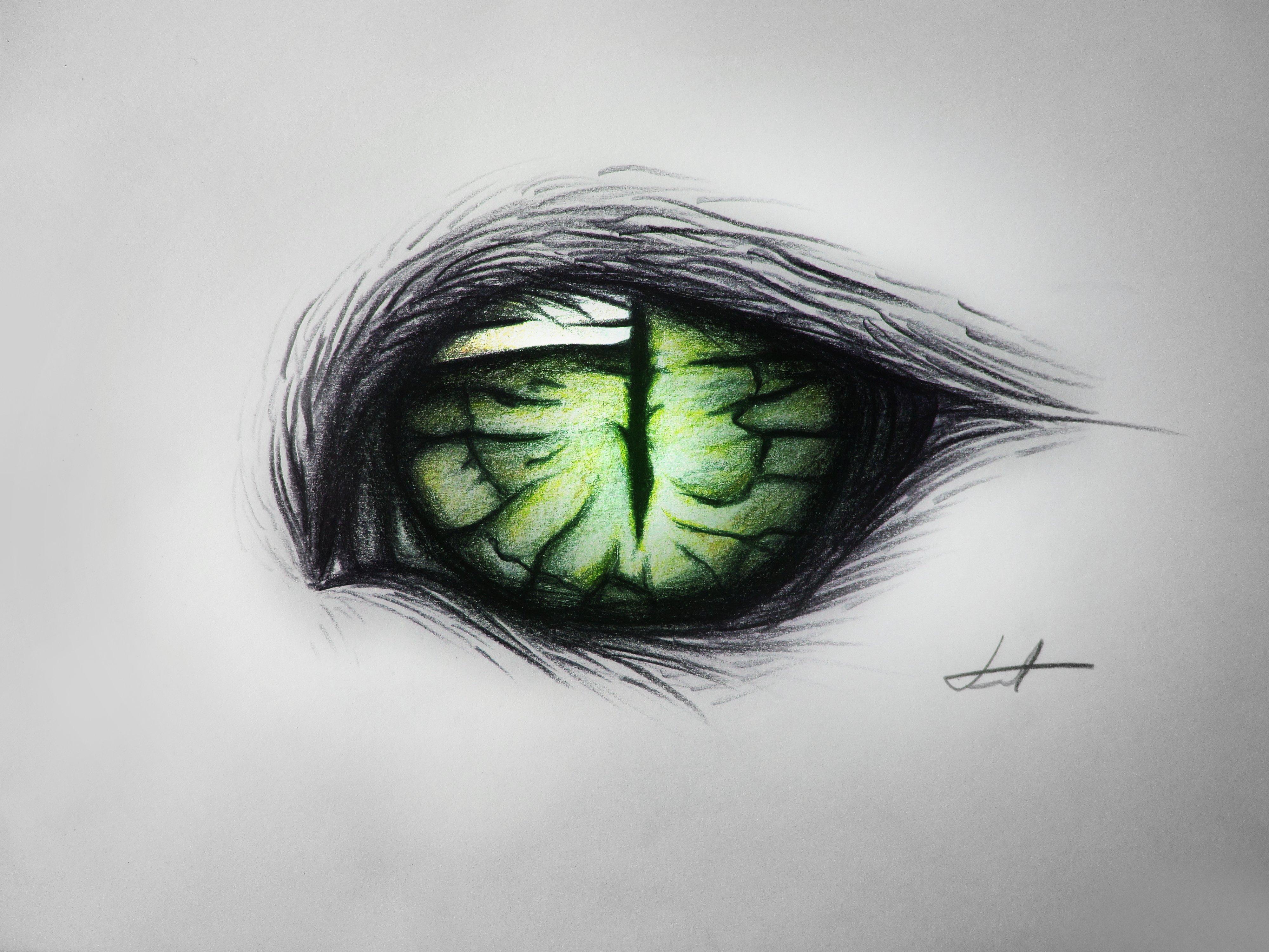 картинки с зелеными глазами с карандашом умелых руках