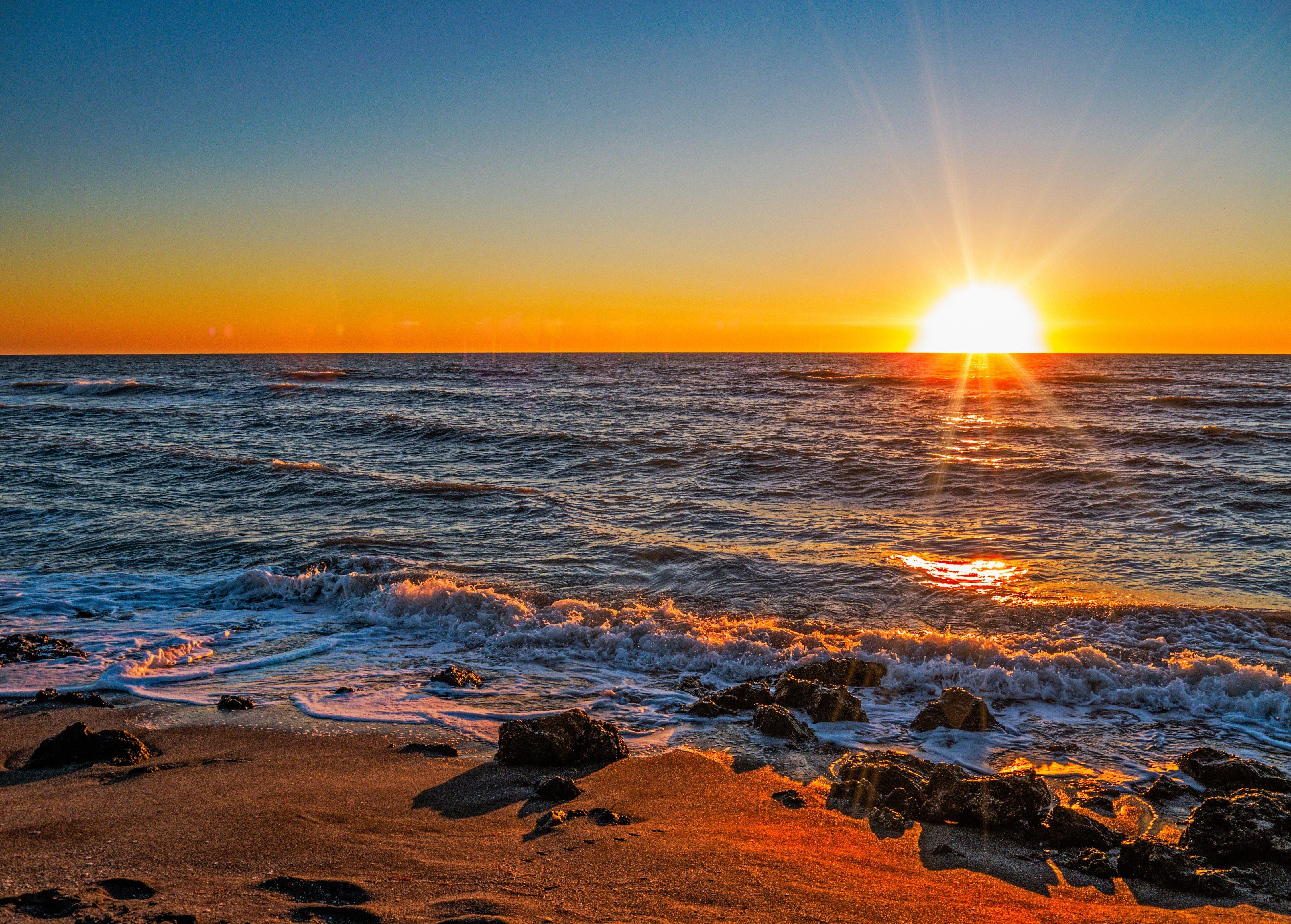 картинки закат на берегу моря должны находиться находиться