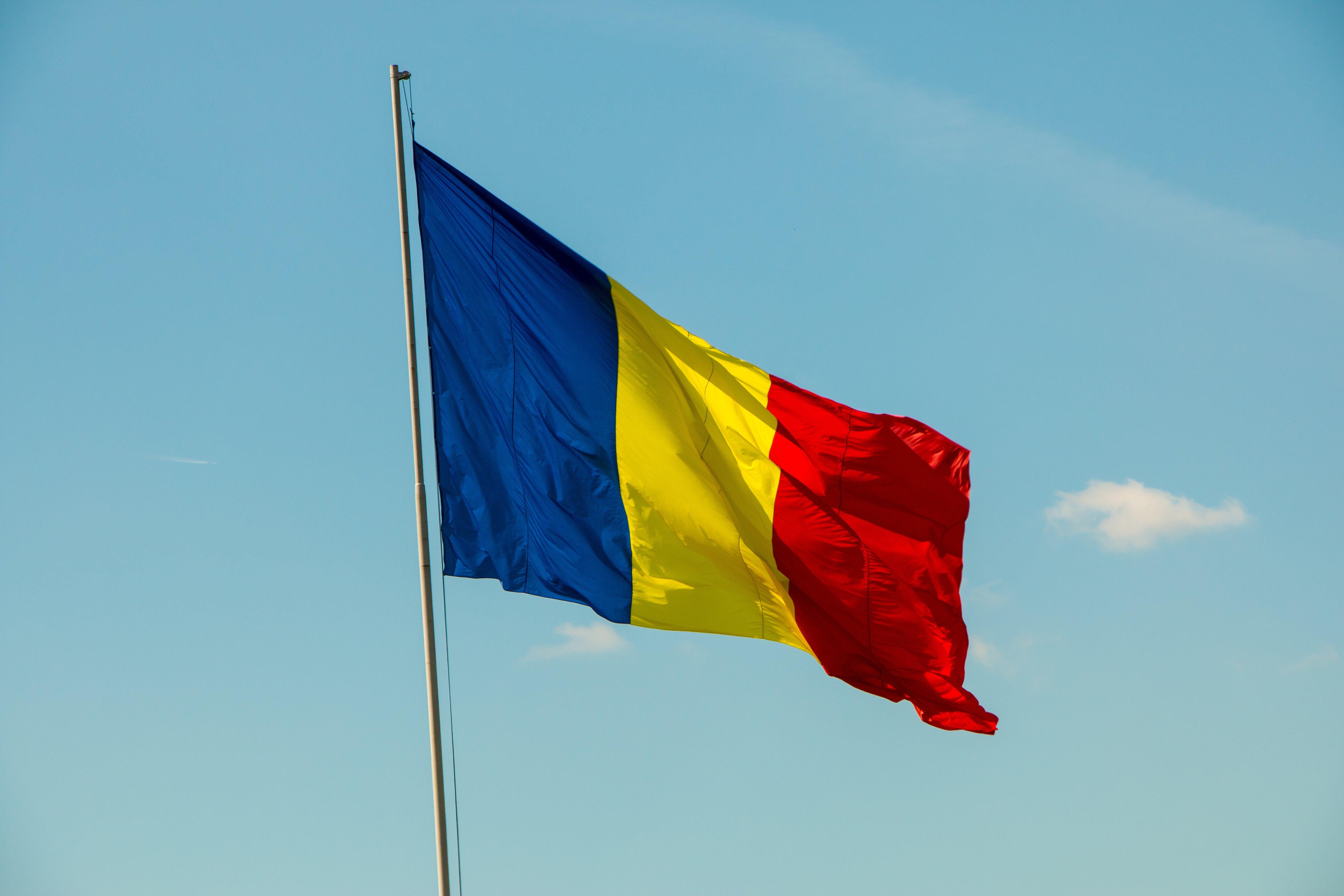 Wallpaper 5472x3648 Px Flag Romania 5472x3648