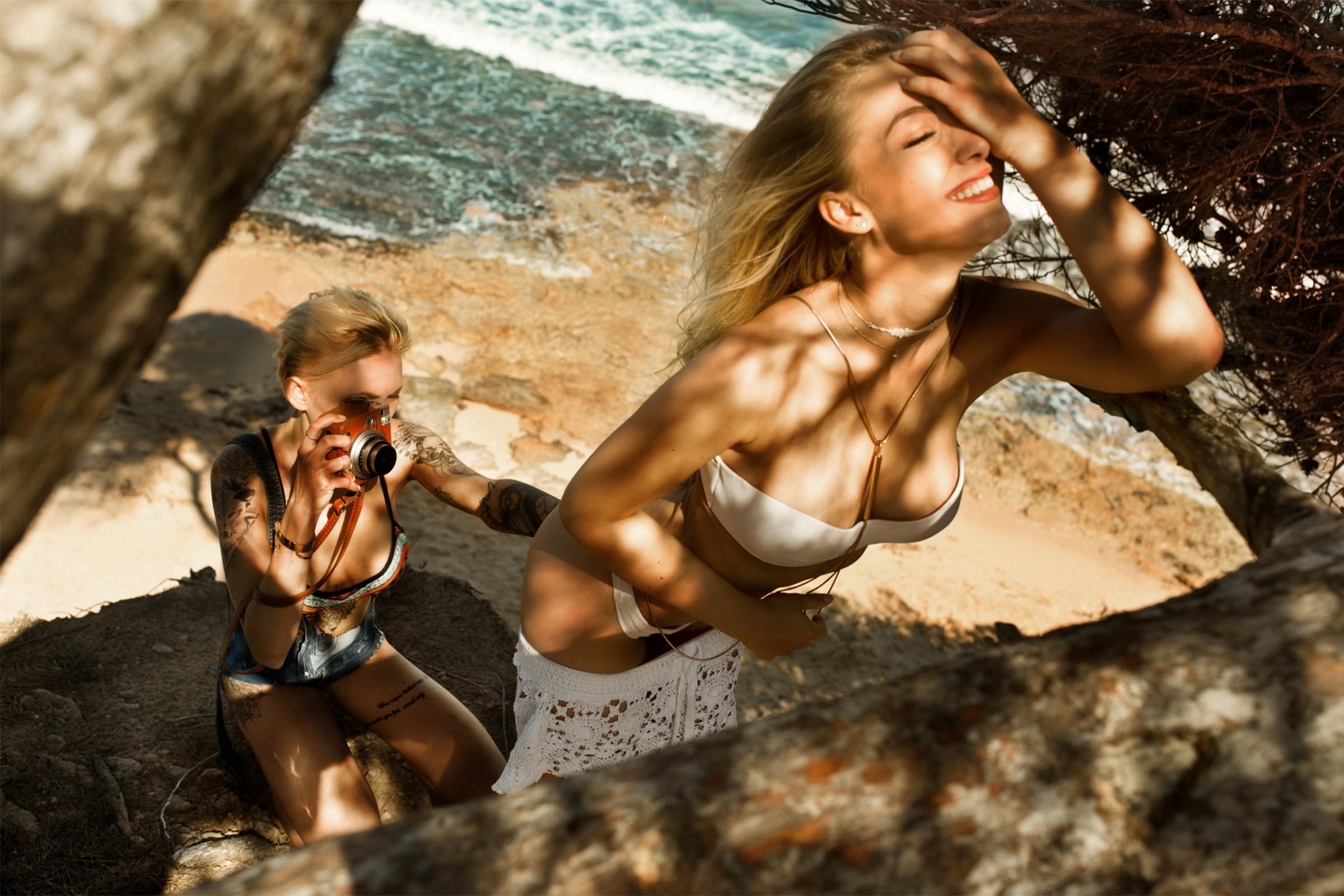 Bikini Alicia Schneider naked (32 photo), Sexy, Fappening, Selfie, braless 2015