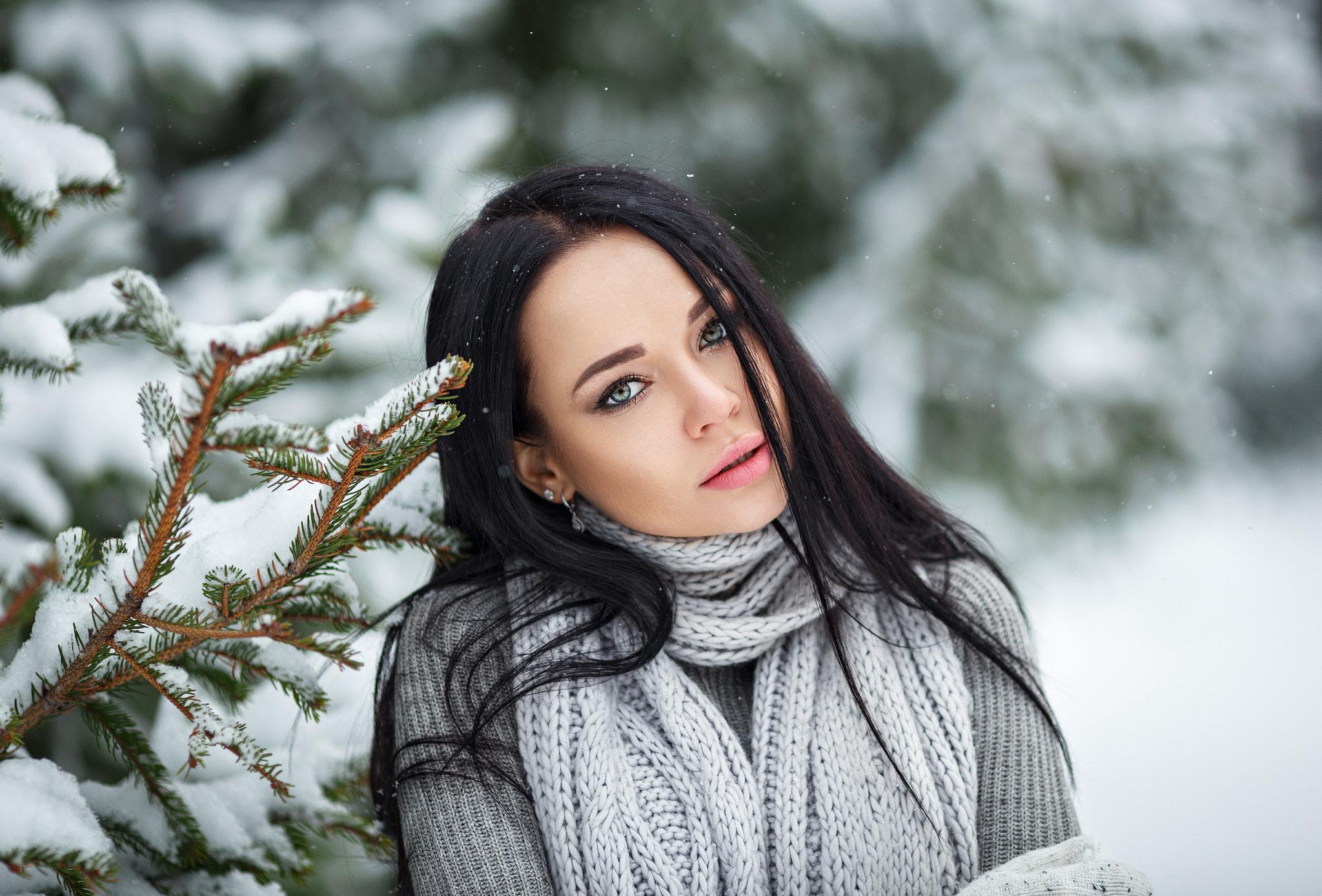 чувствовал юркин брюнетки под снегом фото человек очень
