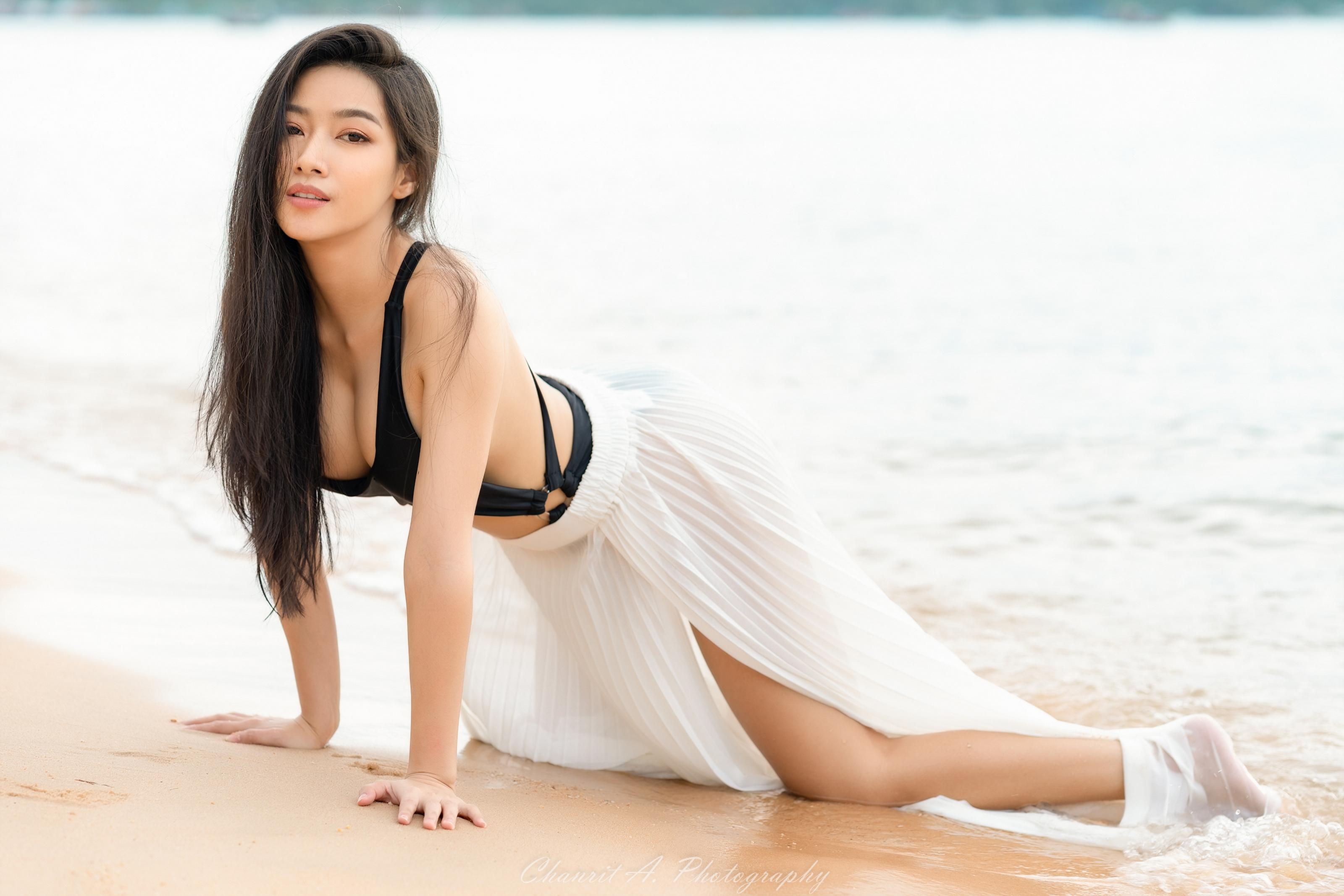 https://get.wallhere.com/photo/Asian-beauty-clothing-emotions-girl-models-people-photography-portrait-sexy-sweetness-wallpaper-woman-1900267.jpg
