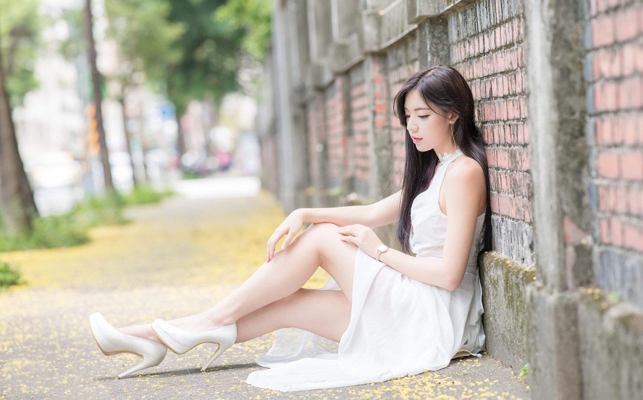 Wallpaper  Asian, Women Outdoors, Urban, Legs, High Heels -5931