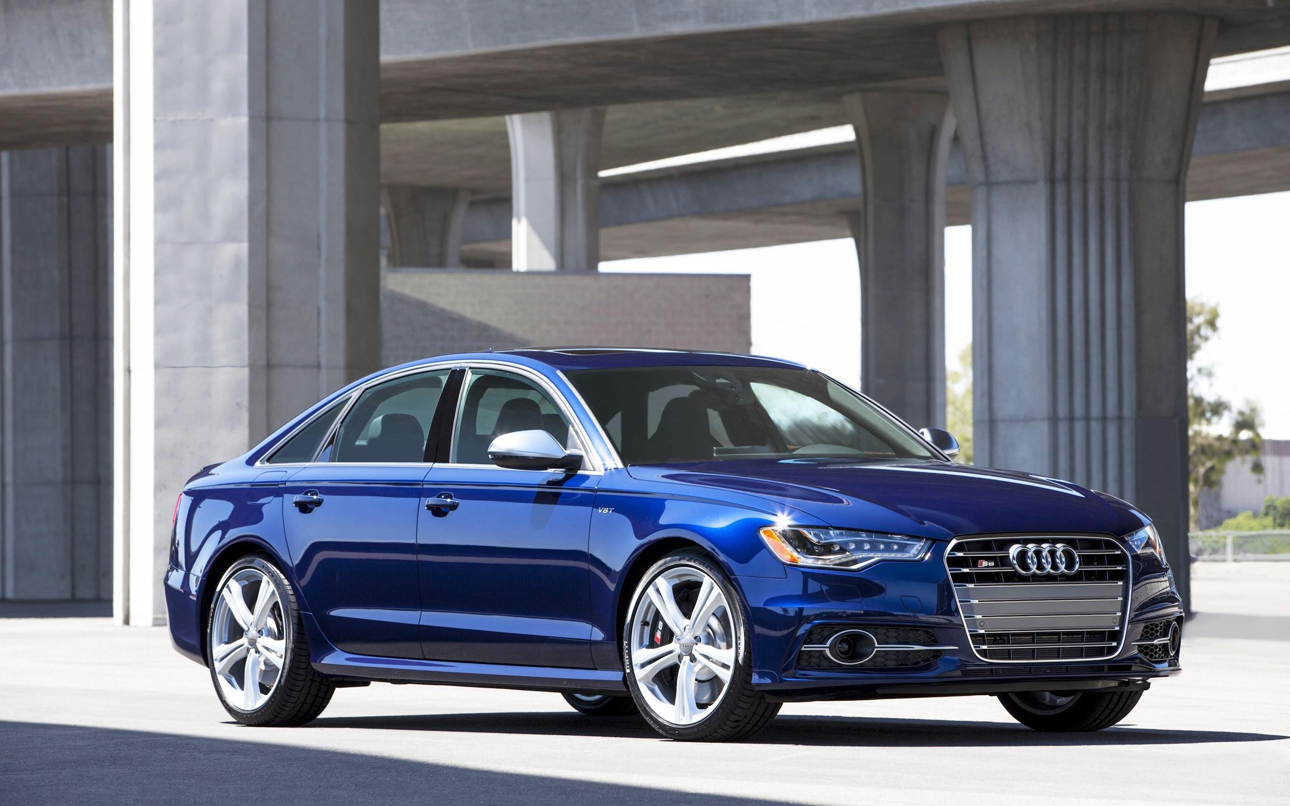 Wallpaper Audi Blue Beautiful Cars 2560x1600