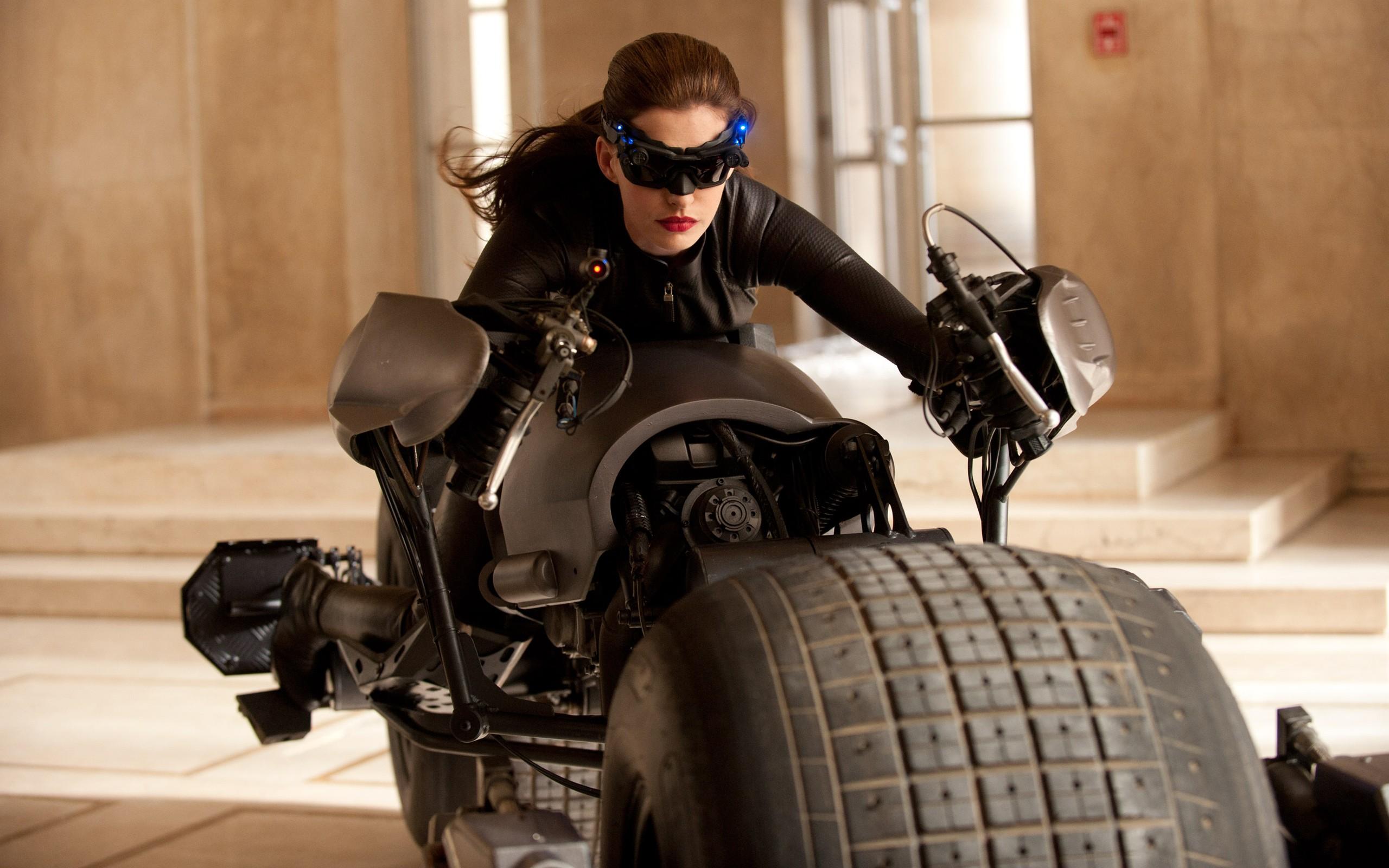 Sfondi Catwoman Film Attrice Moda Militare Macchina Anne
