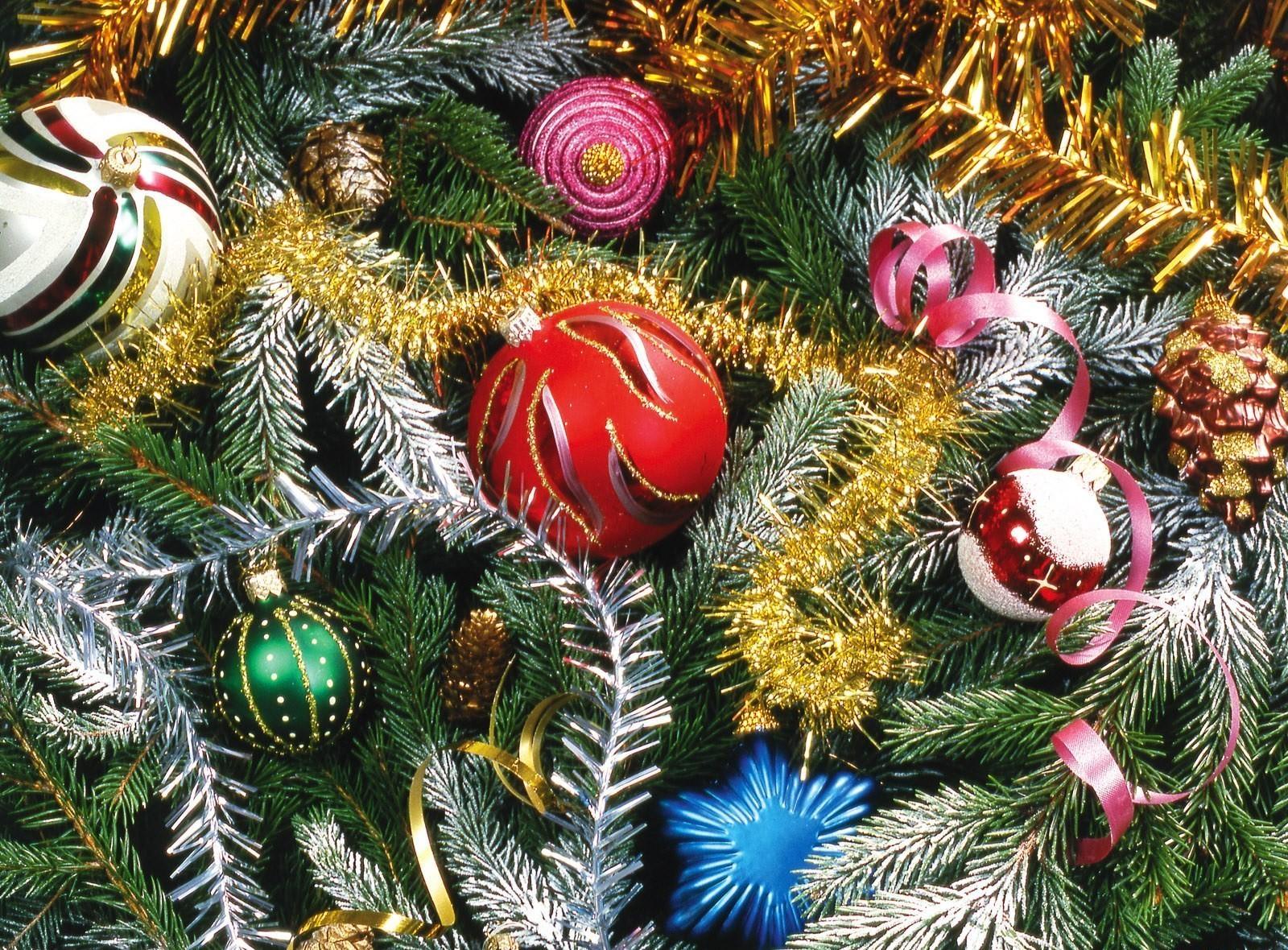 светлое пятно новый год елки игрушки фото на телефон рекомендуется распечатать