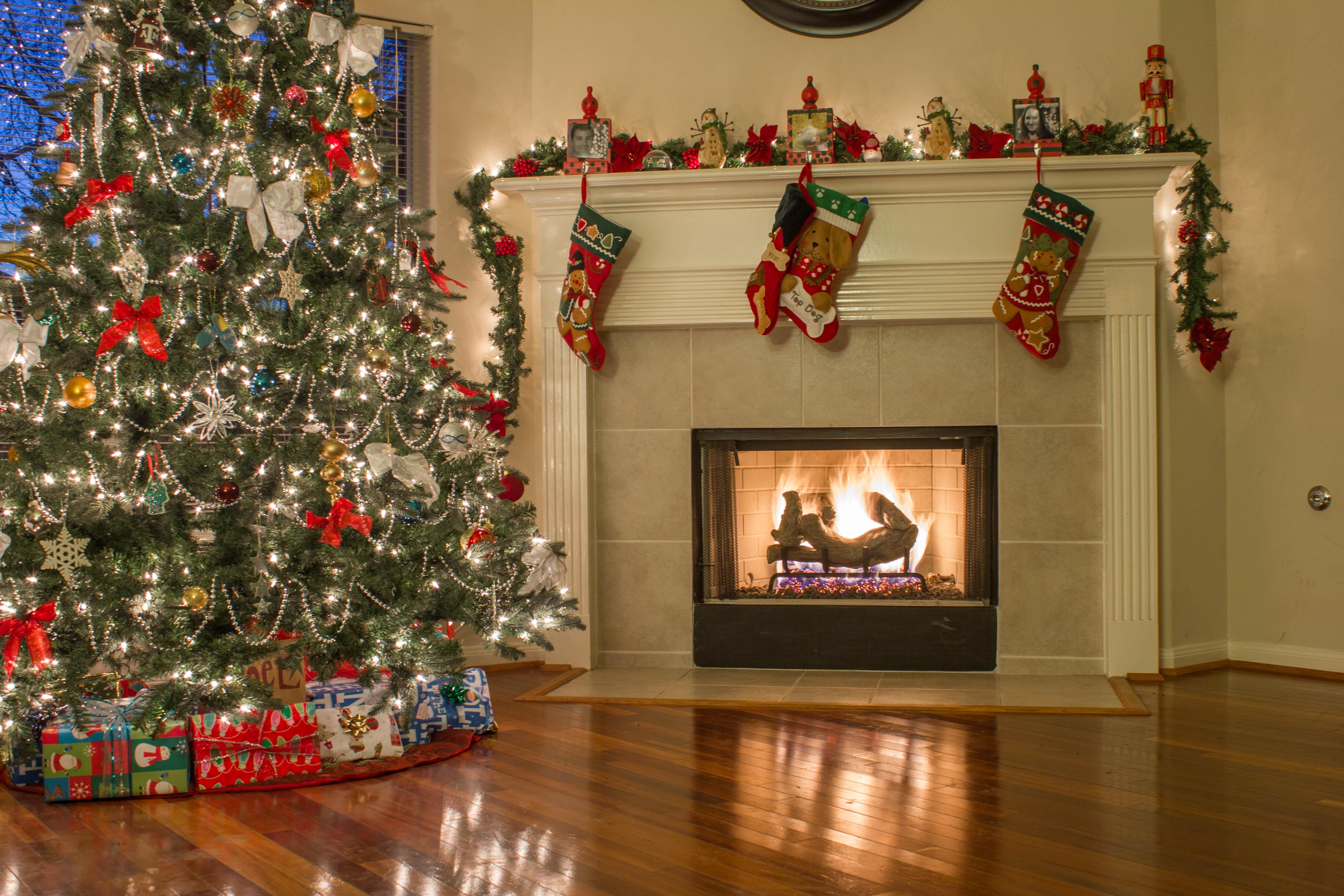 Fond D écran Vacances De Noël: Fond D'écran : Vacances, Réflexion, Bas, Feu, Lumières