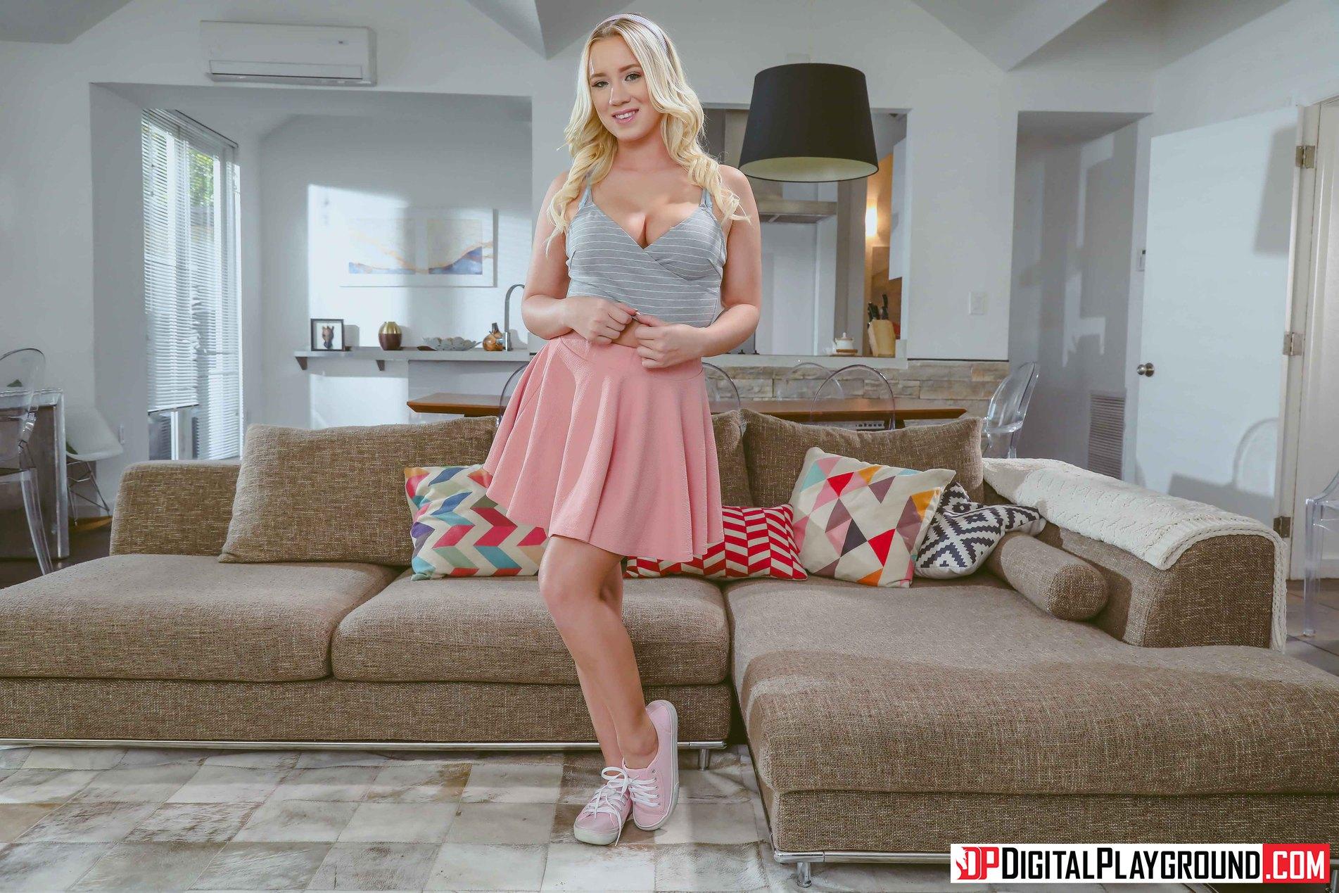 Bailey Brooke wallpaper : digital playground, mature women, blonde, living
