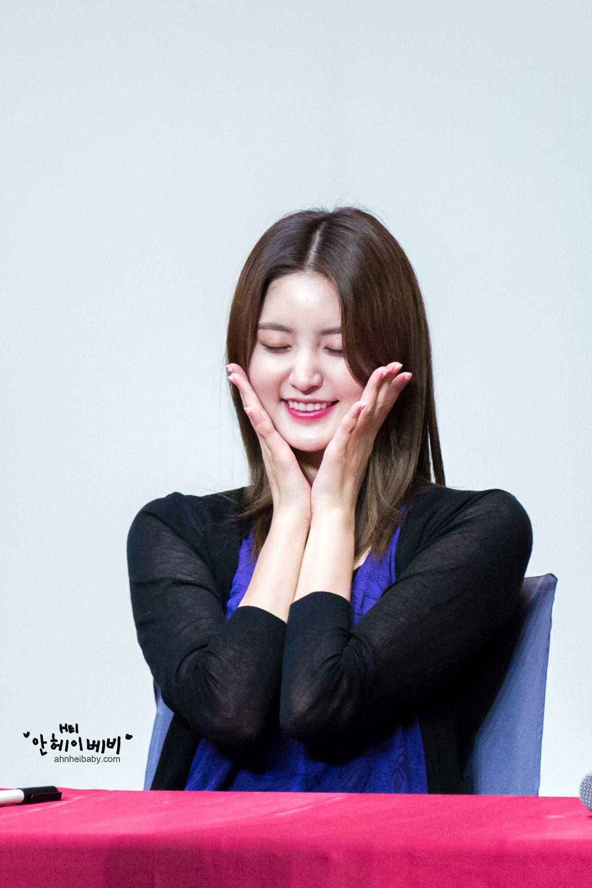 Wallpaper : EXID, LE, Solji, Hyerin, Park Jung Hwa 1200x1800