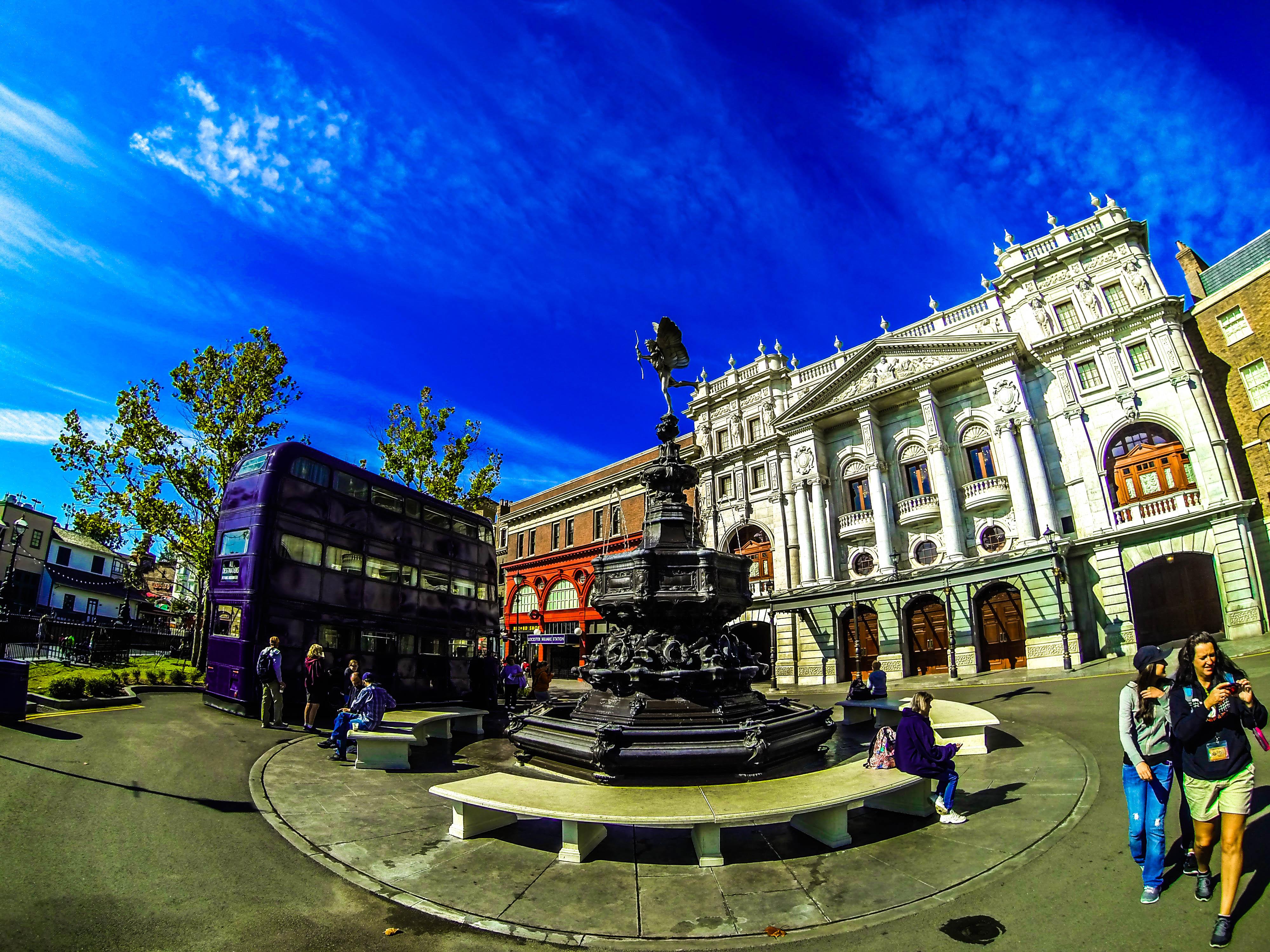 Good Wallpaper Harry Potter Square - England-bus-cross-Harry-potter-Bank-double-kings-decker-Gringotts-GoPro-957170  Pictures_465547.jpg