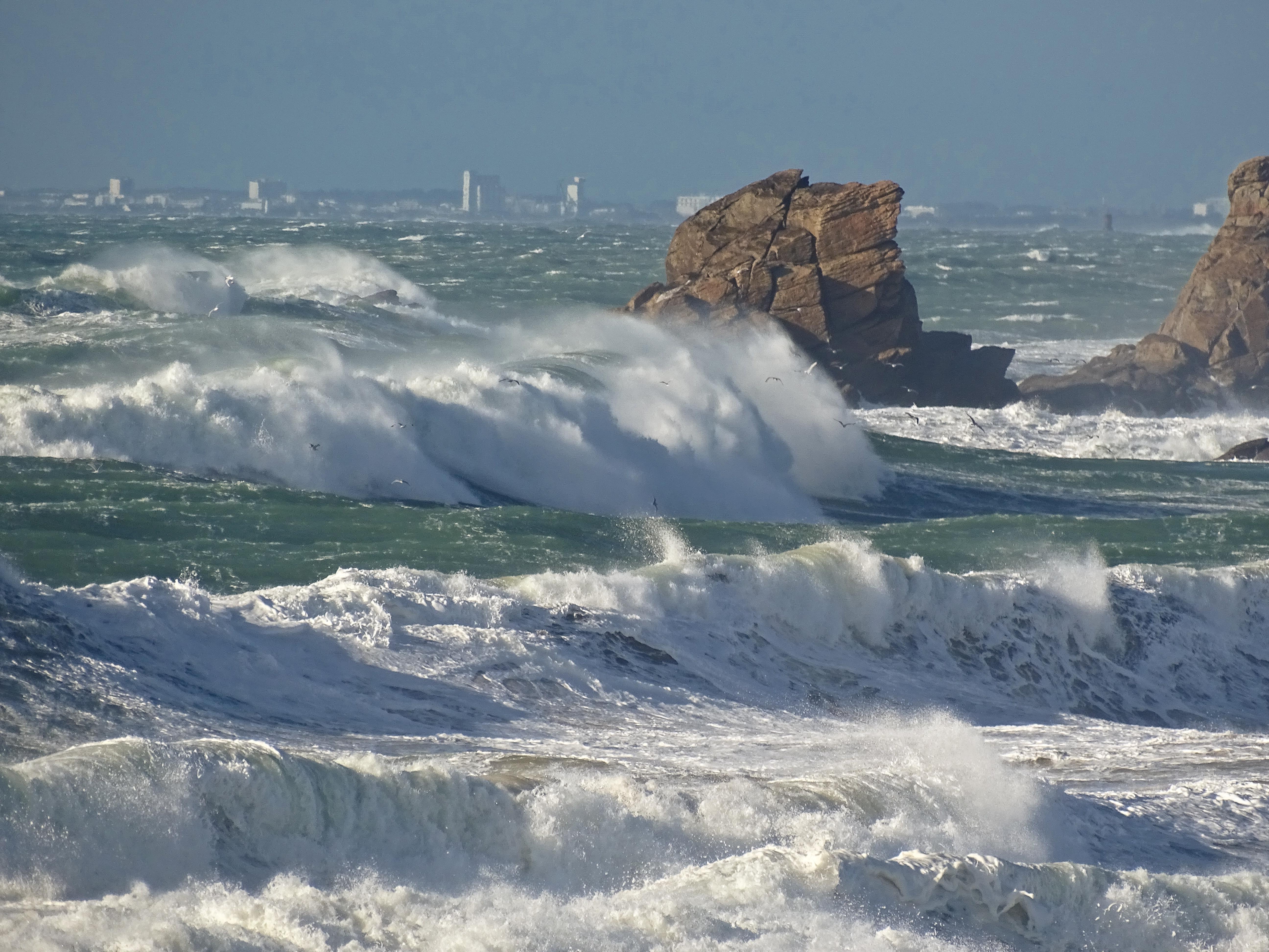 Fond d'écran : France, Bretagne, Morbihan, armure, Mer, Vagues, Rochers, Tempête 5184x3888 ...