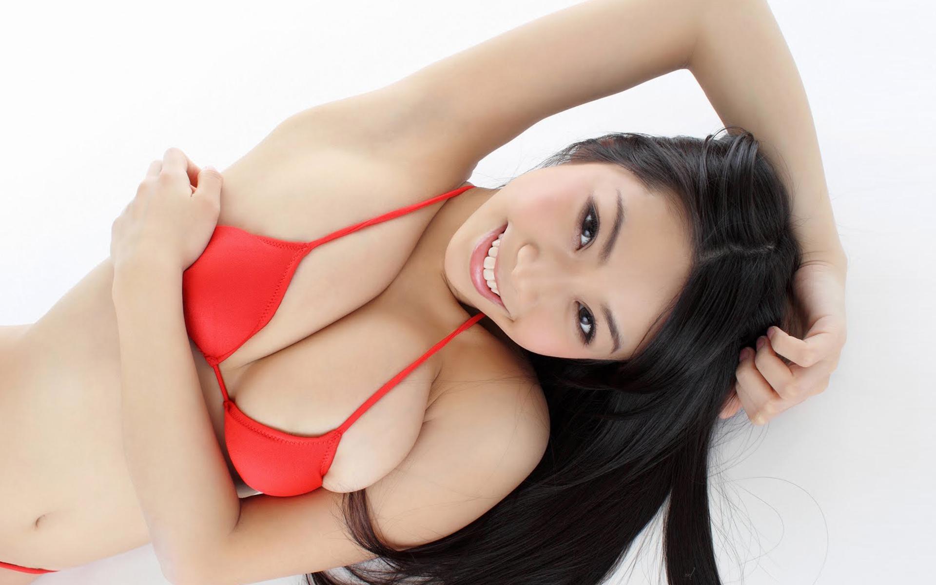 азиатка с огромные сиськи - 7