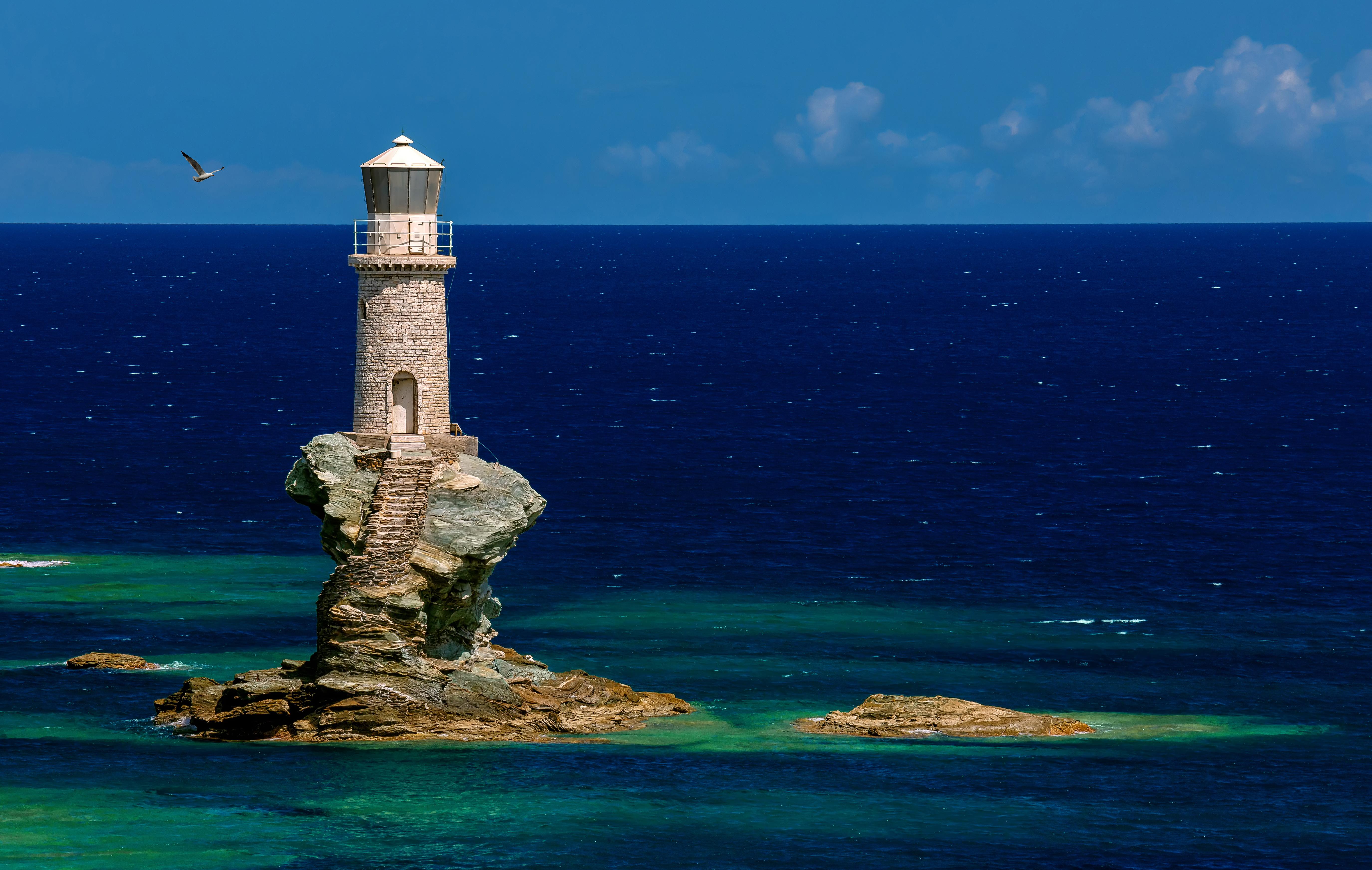 картинки маяк на острове ясновидение