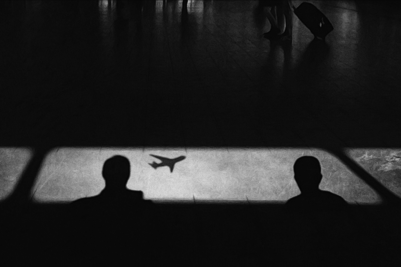 Sfondi Instagram Sagome Riflessi Ombre Aeroporto Pavimento