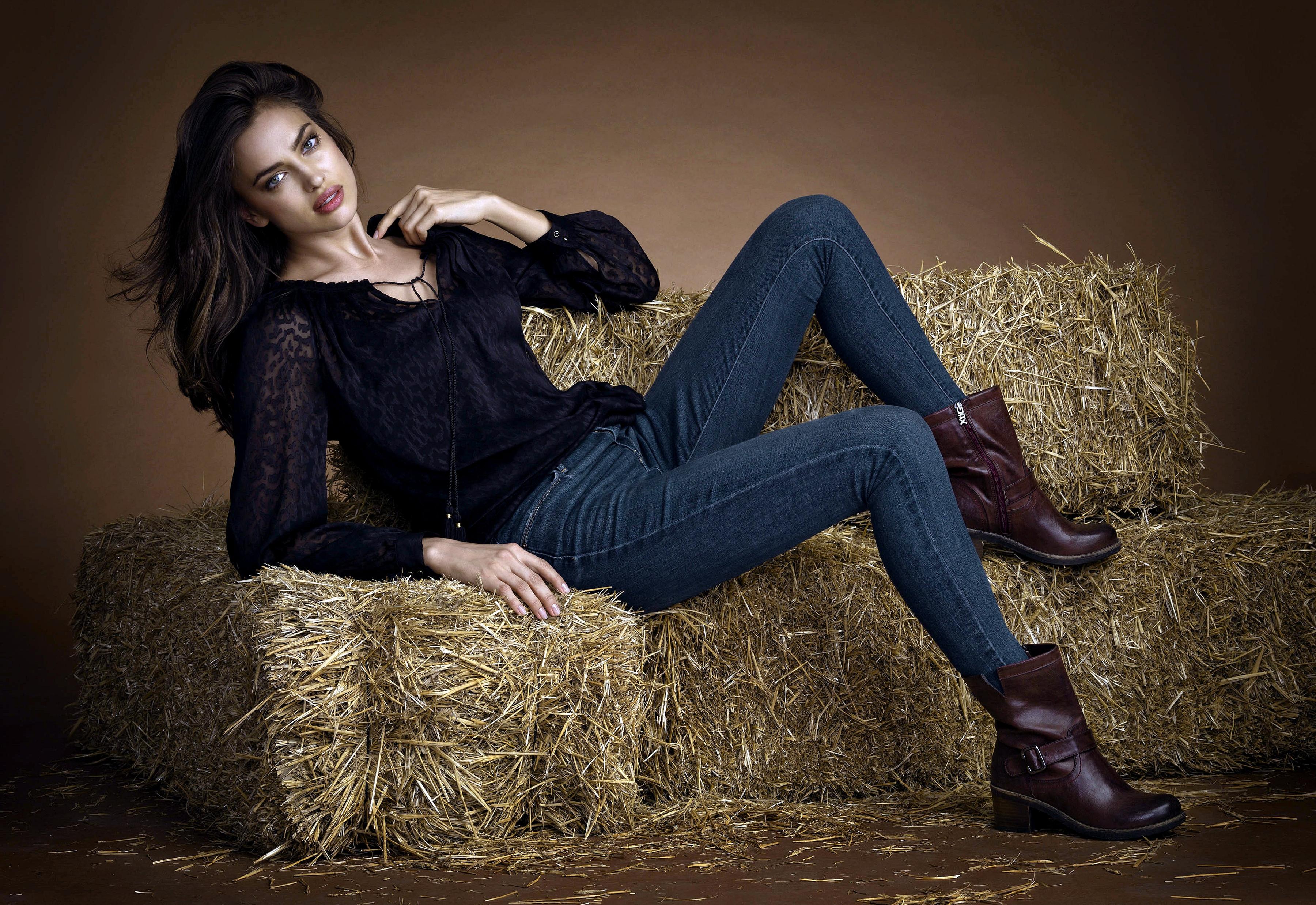 wallpaper : irina shayk, model, girl, brunette, photoshoot 3600x2475