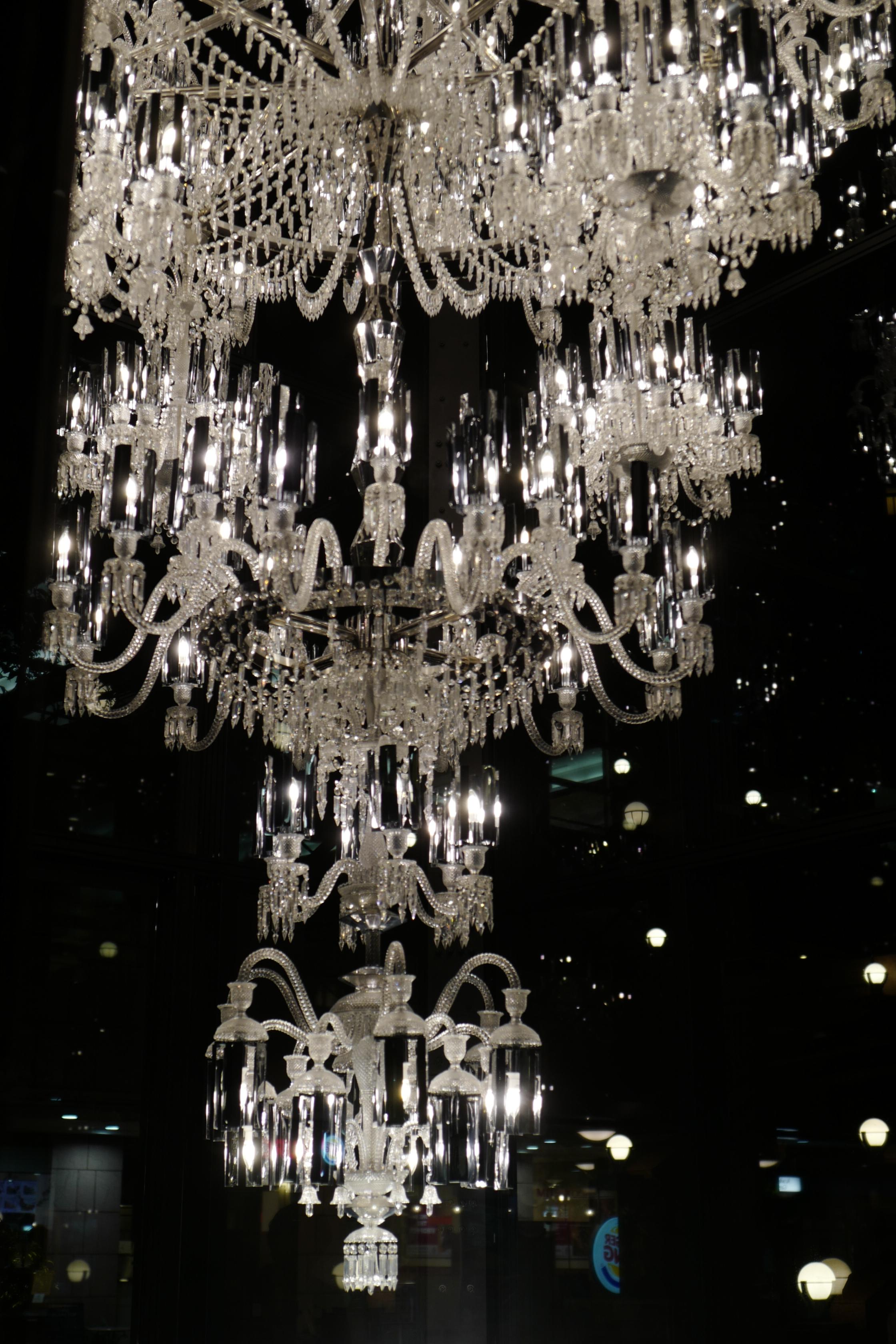 Japan night symmetry christmas lights Leica Tokyo Jp light lighting  chandelier ebisugardenplace baccarat ebisu summilux leicaq