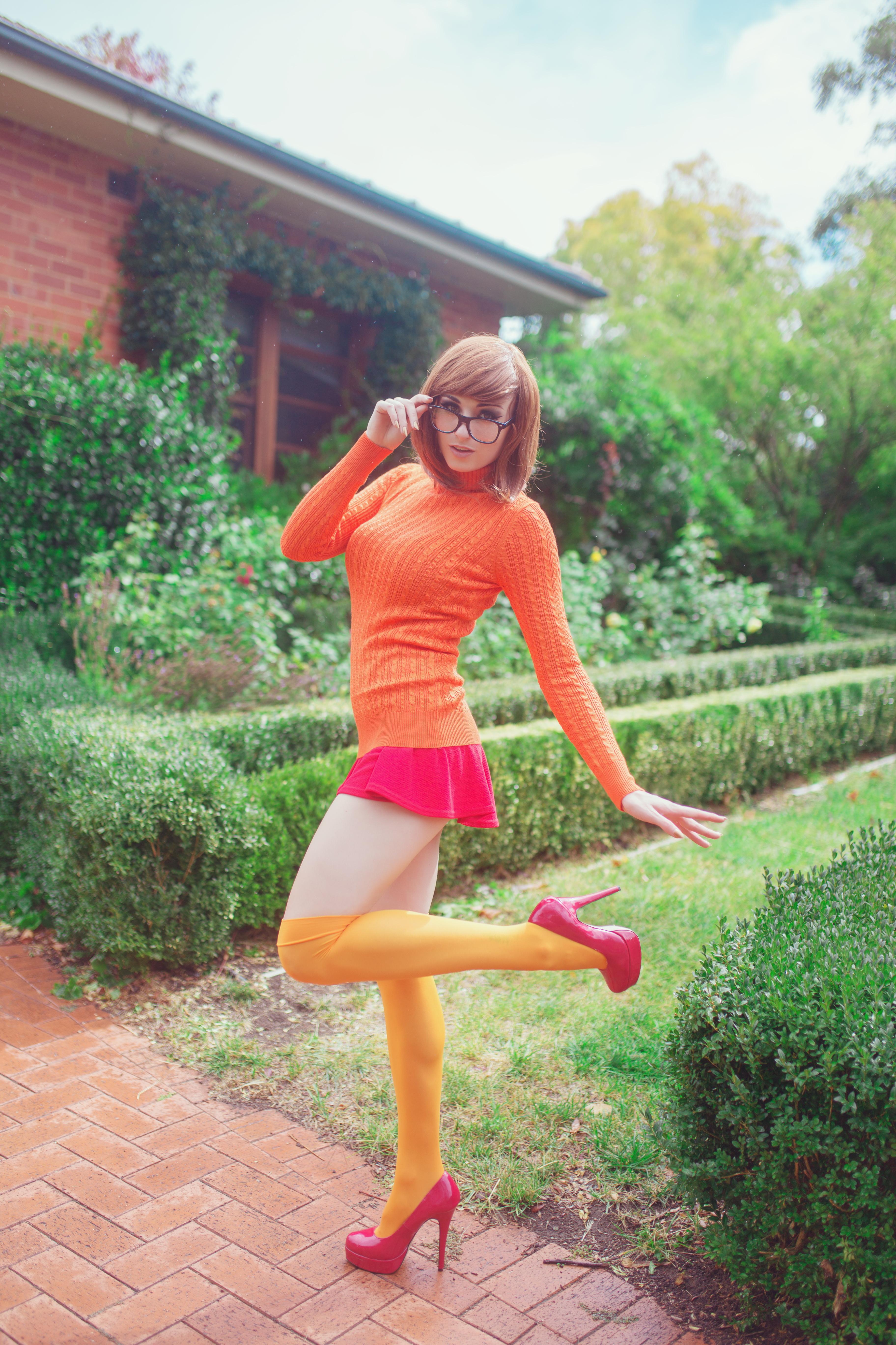 Wallpaper  Kayla Erin, Model, Women Outdoors, Cosplay, Scooby Doo, Velma Dinkley -2437