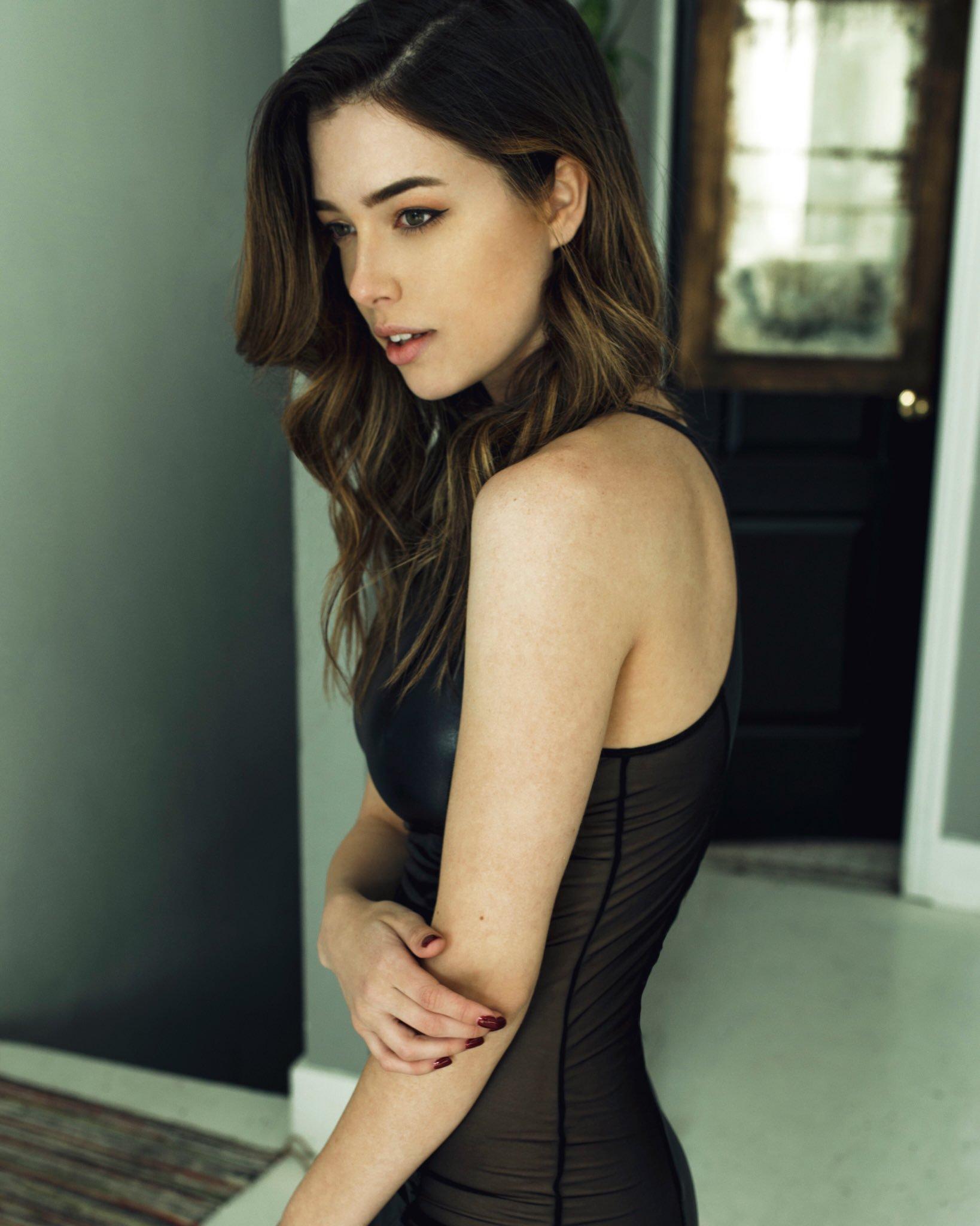 Wallpaper : Lauren Summer, model, looking away, brunette