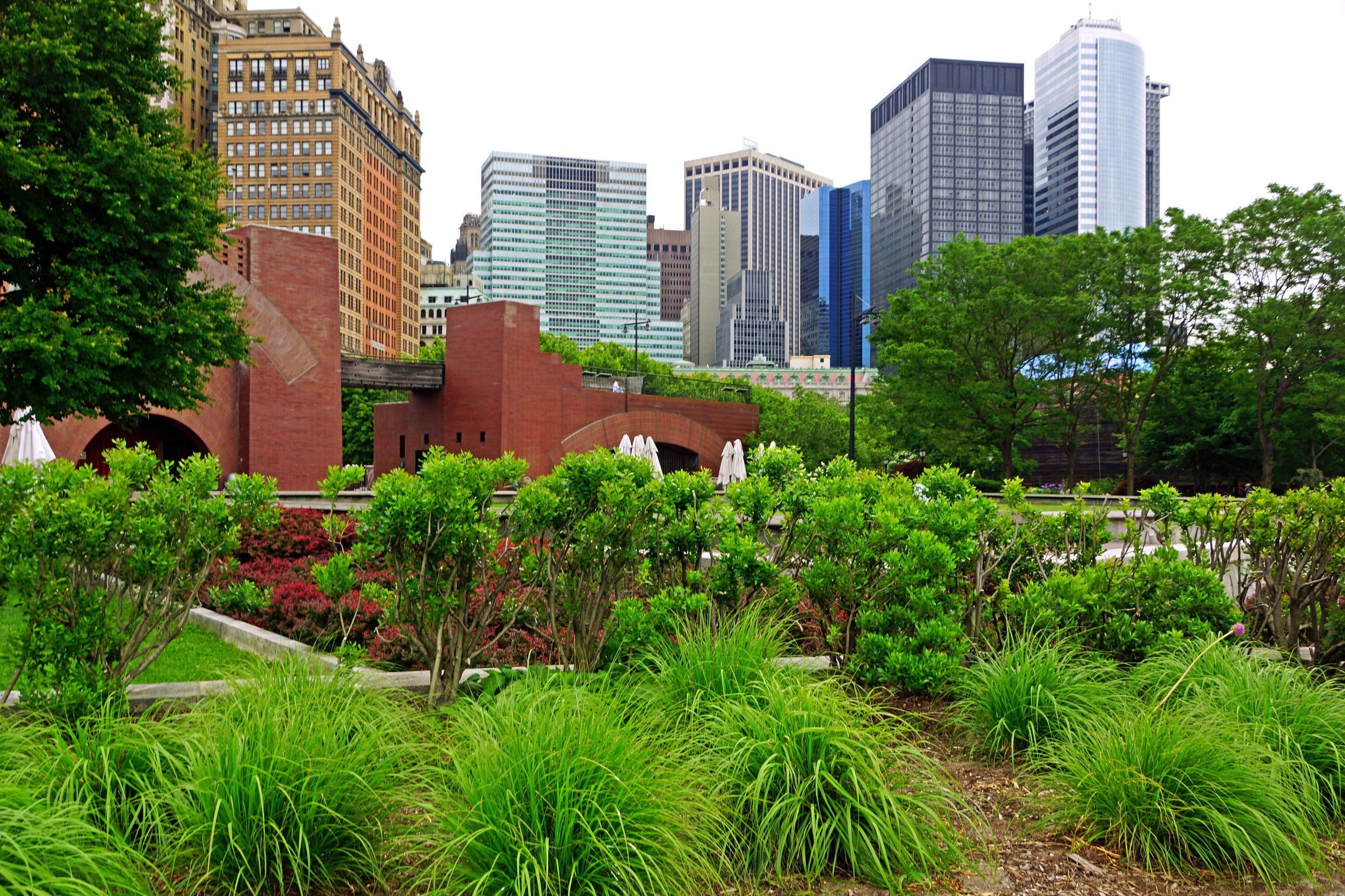 London Garden City Grass Park Skyline Estate Tree Downtown Flower Yard  Condominium Lawn Human Settlement Neighbourhood