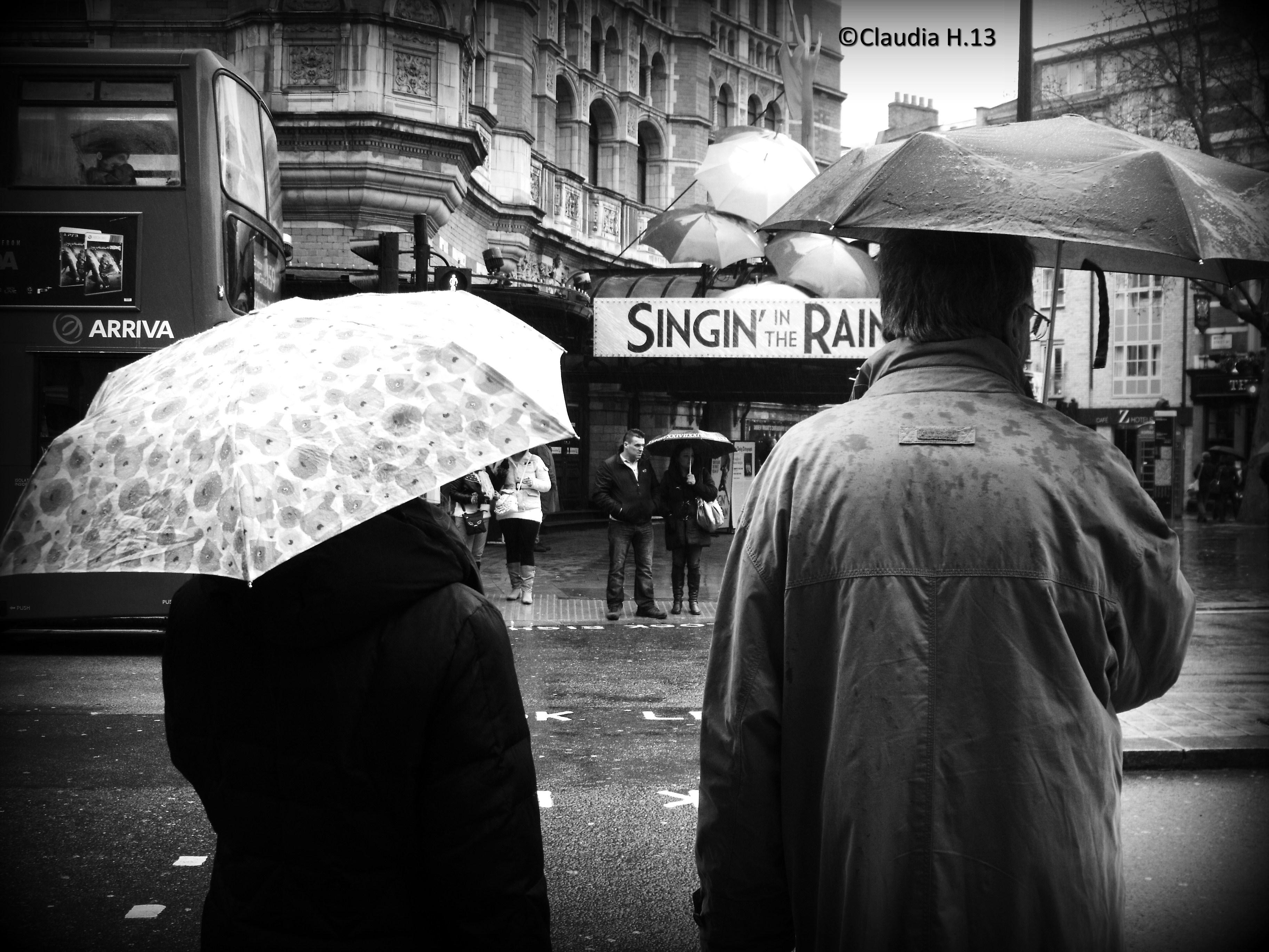 Wallpaper London People Street Rain Road Umbrella England