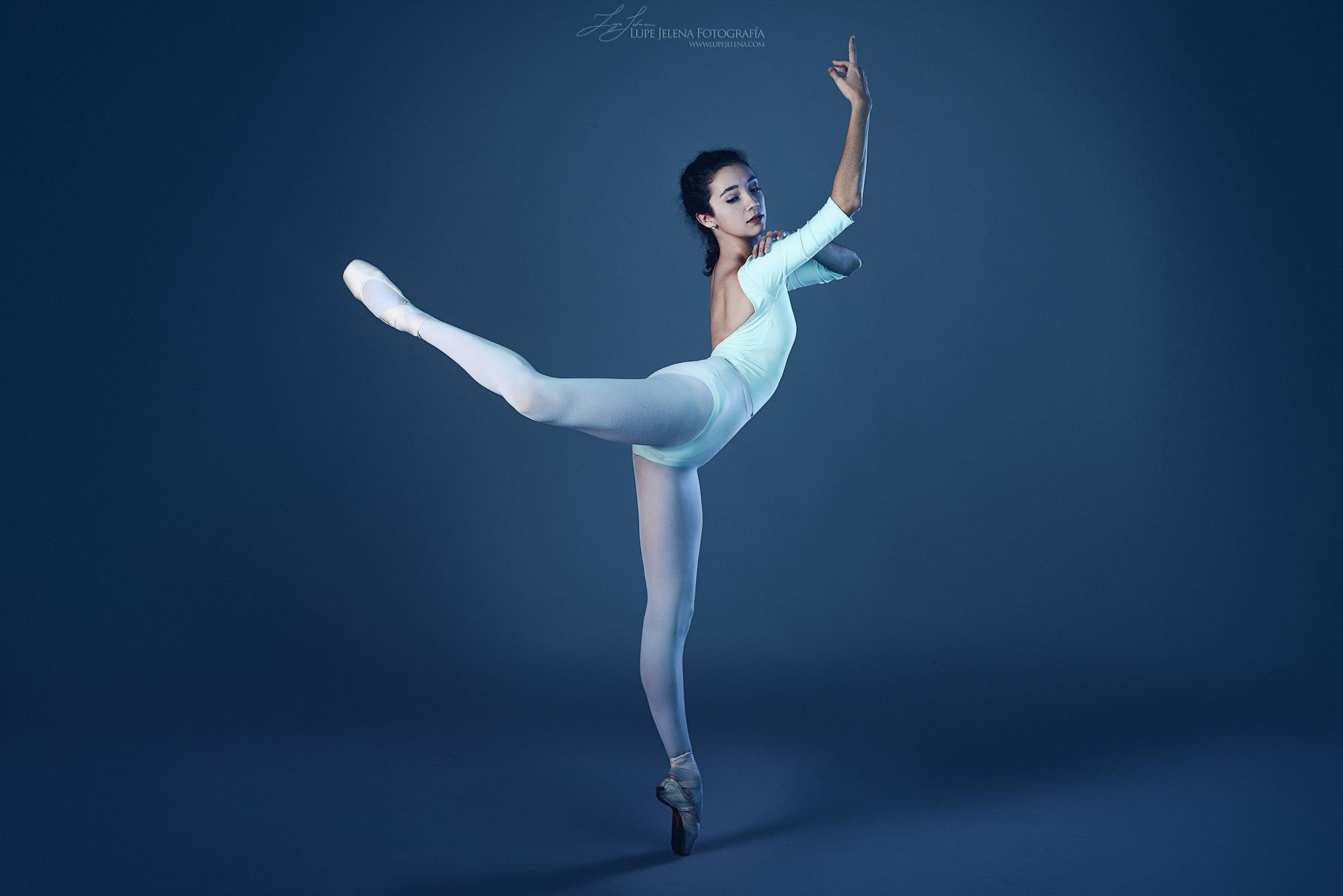 Wallpaper Lupe Jelena Ballerina Dancer Women 2000x1335 Wallpapermaniac 1157997 Hd Wallpapers Wallhere