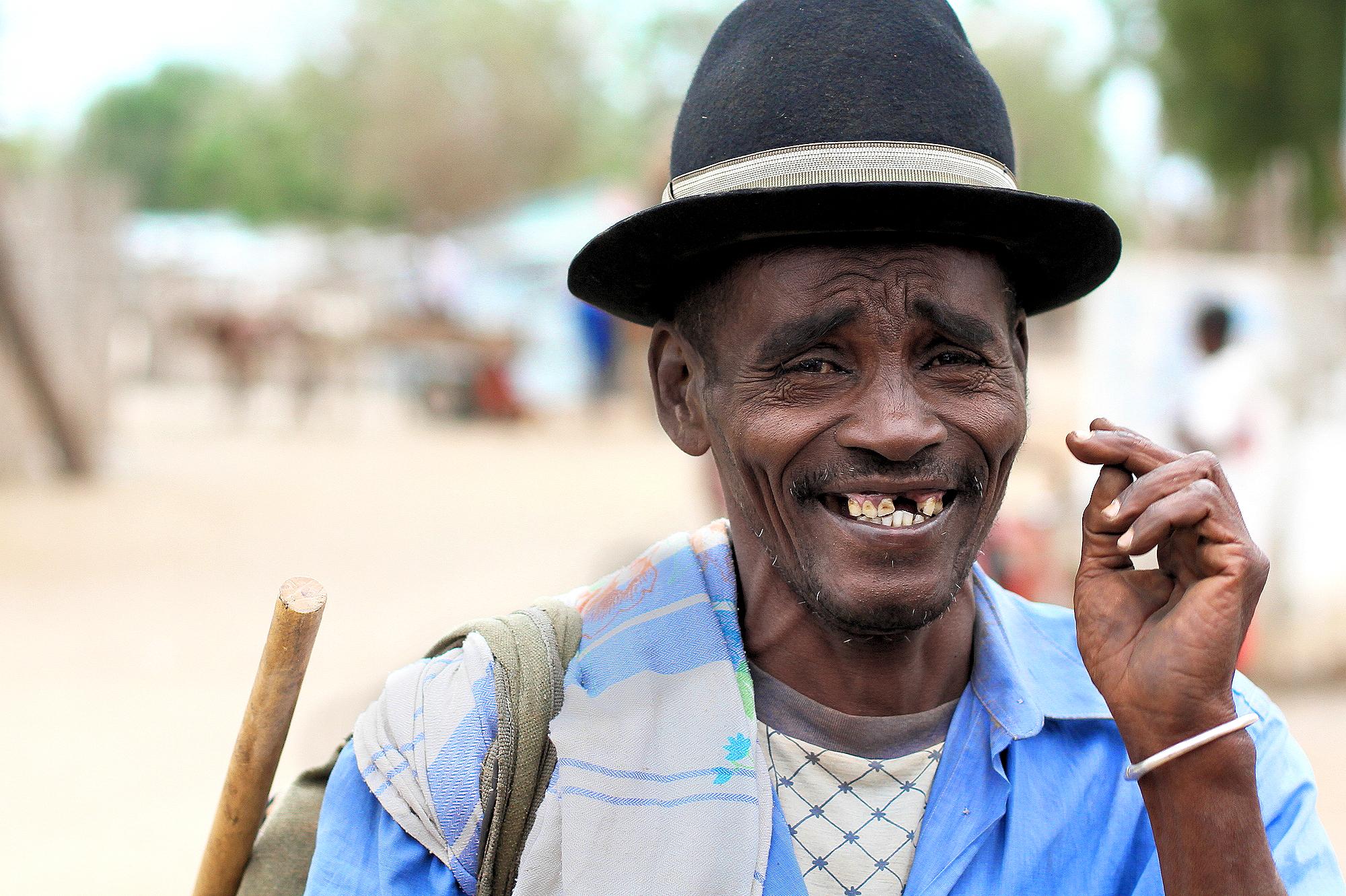 Wallpaper Madagascar Malgache Homme Sourire Dent Teeth