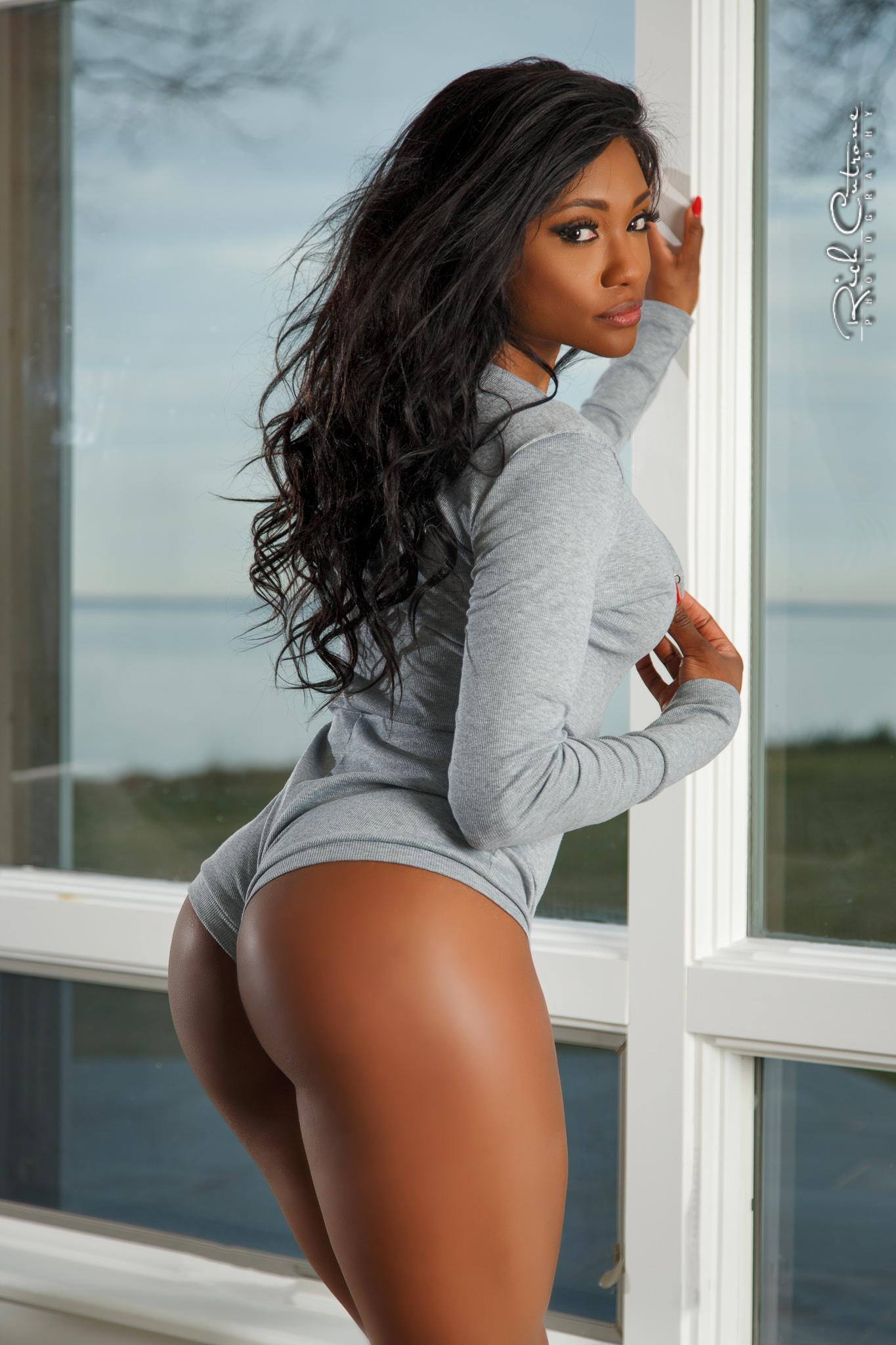 ebony girl porn anal