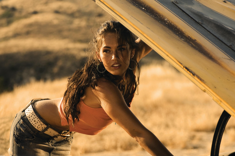Wallpaper Megan Fox Transformers Revenge Of The Fallen